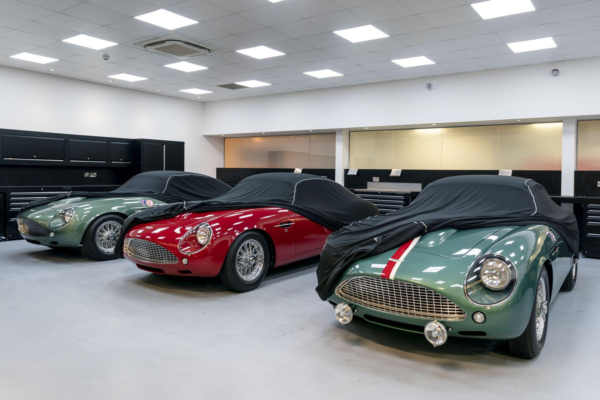 Aston-Martin-DB4-GT-Zagato-Continuation-first-delivery-11