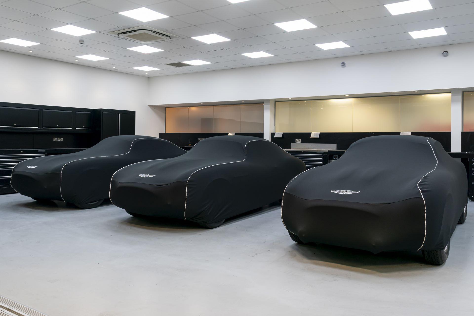 Aston-Martin-DB4-GT-Zagato-Continuation-first-delivery-2