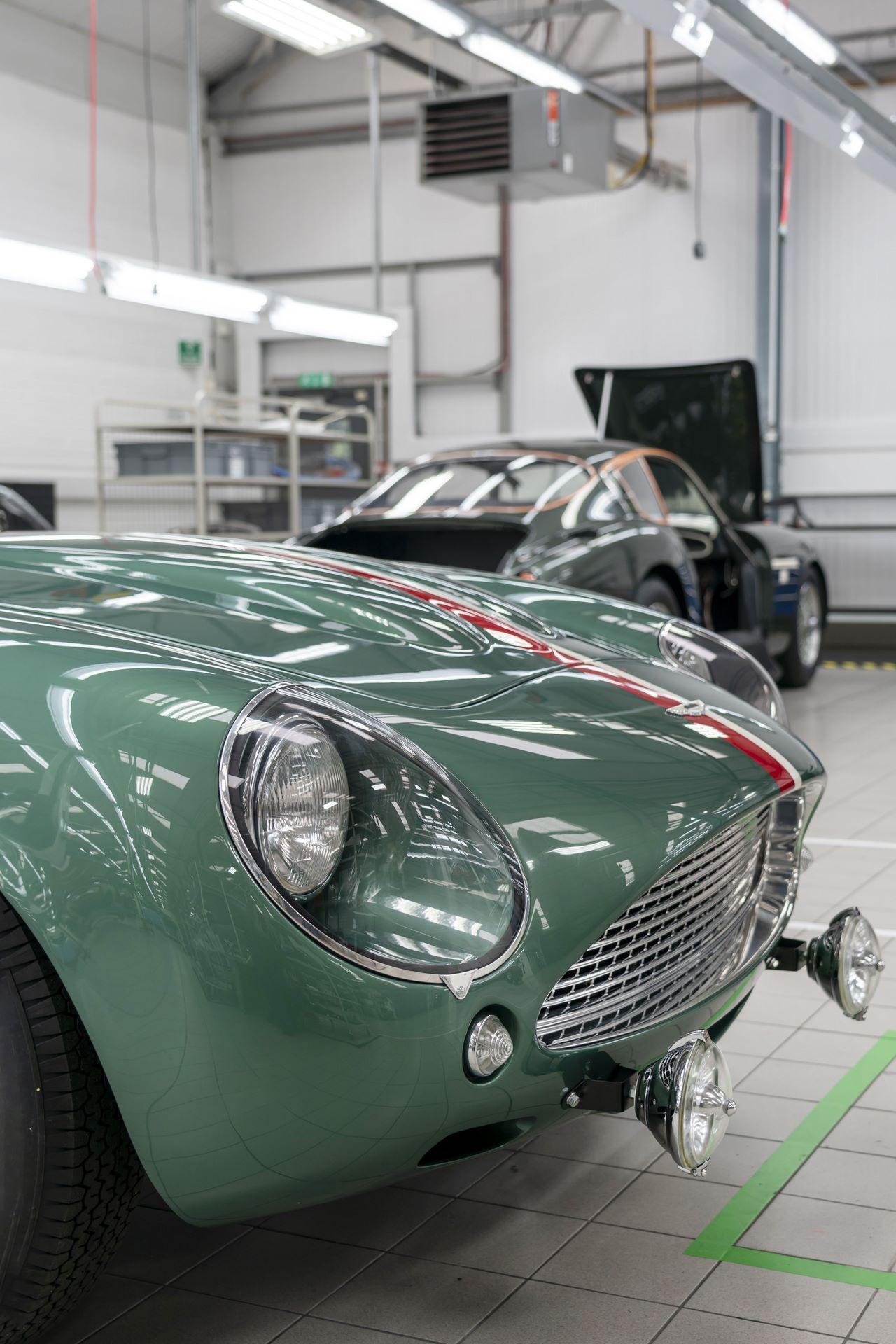 Aston-Martin-DB4-GT-Zagato-Continuation-first-delivery-21