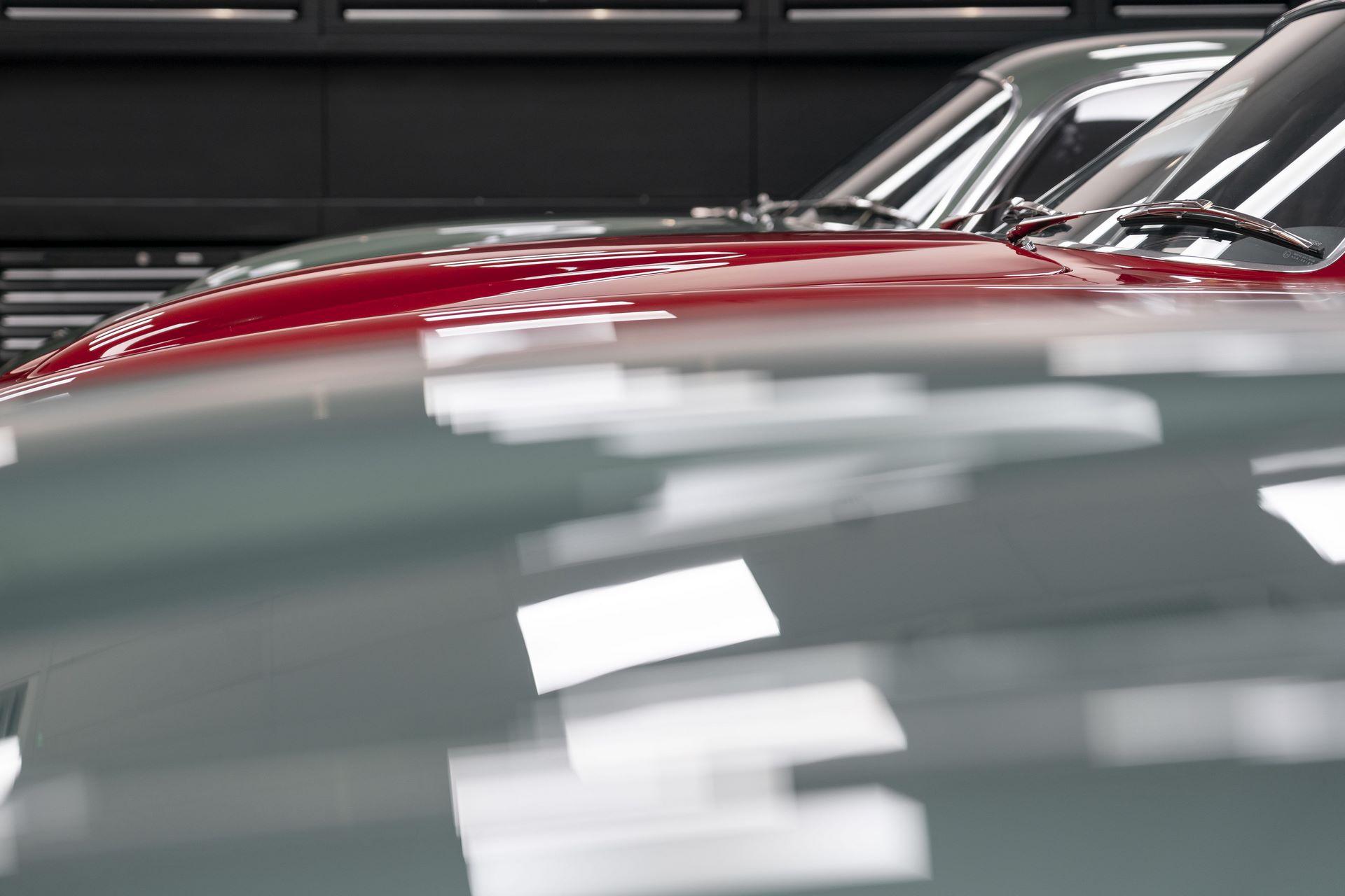 Aston-Martin-DB4-GT-Zagato-Continuation-first-delivery-5