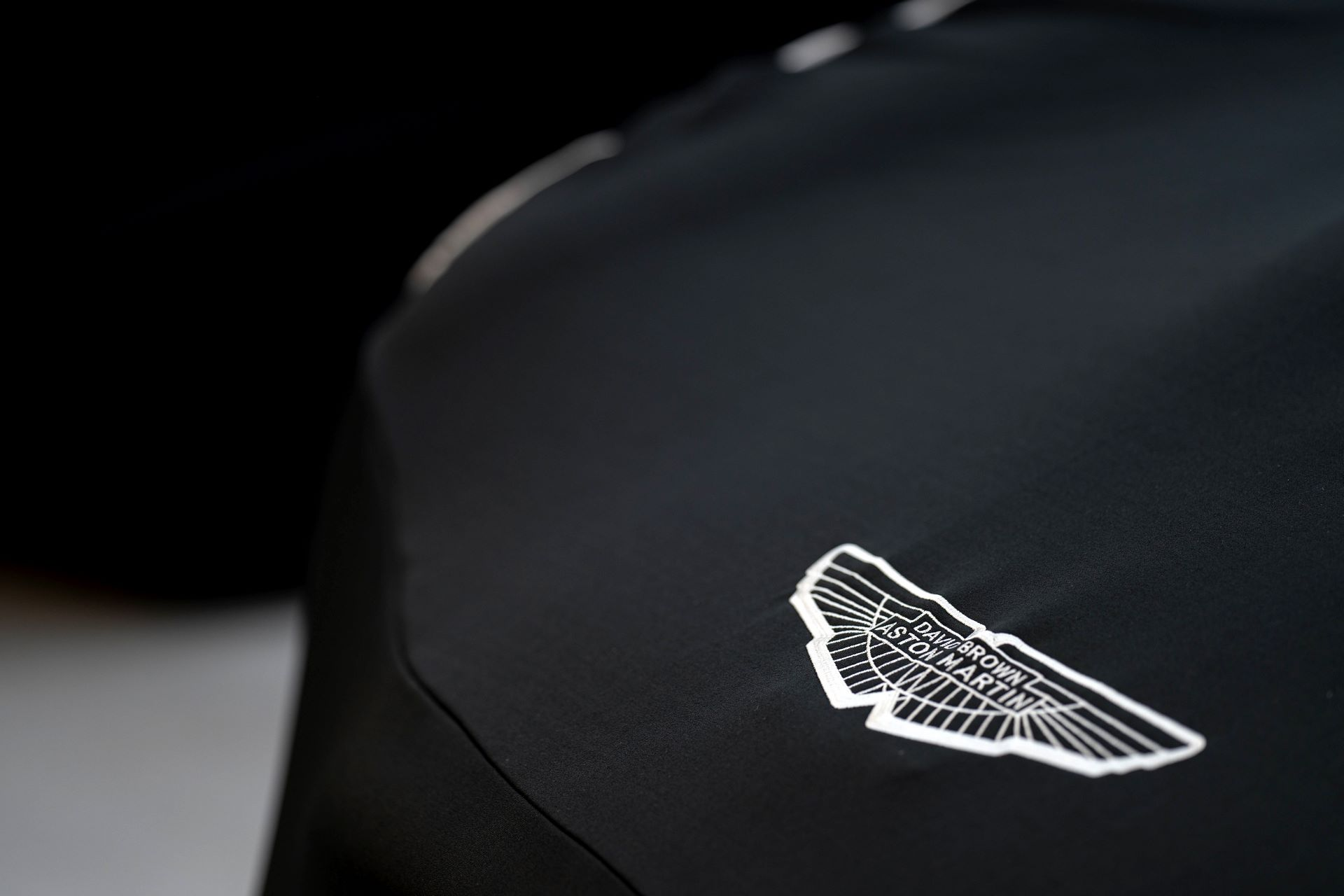 Aston-Martin-DB4-GT-Zagato-Continuation-first-delivery-6