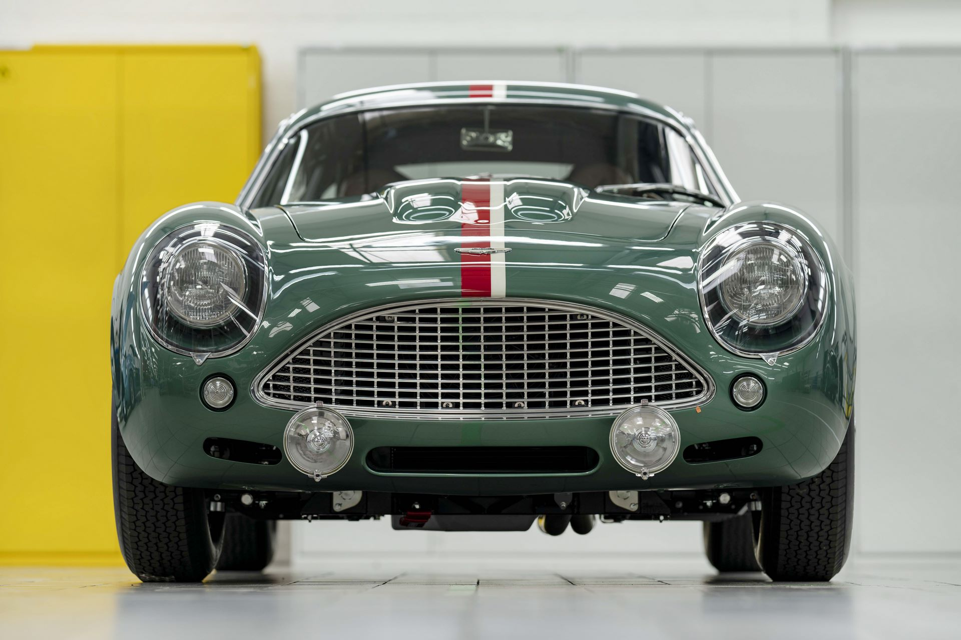 Aston-Martin-DB4-GT-Zagato-Continuation-first-delivery-7