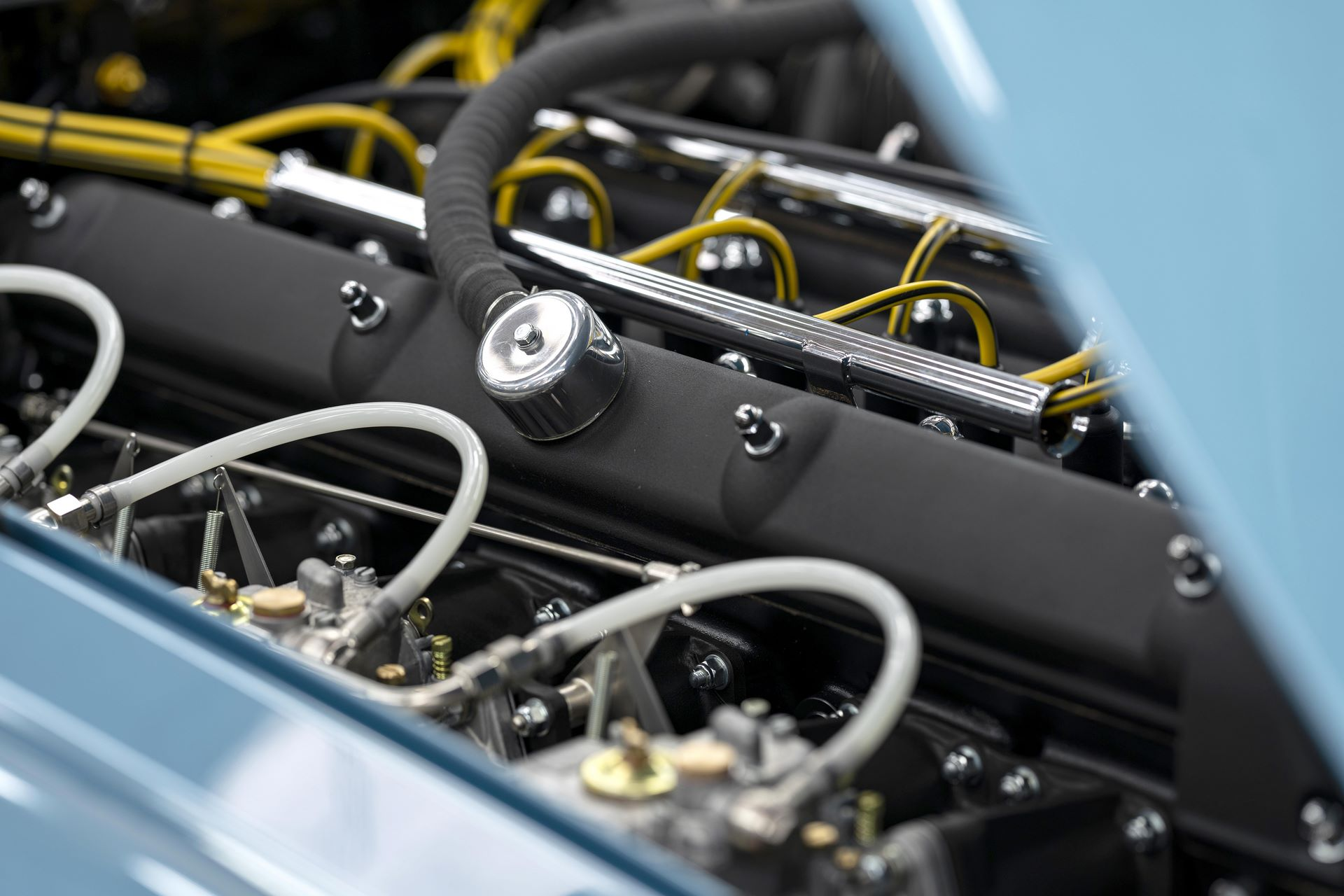Aston-Martin-DB4-GT-Zagato-Continuation-first-delivery-8