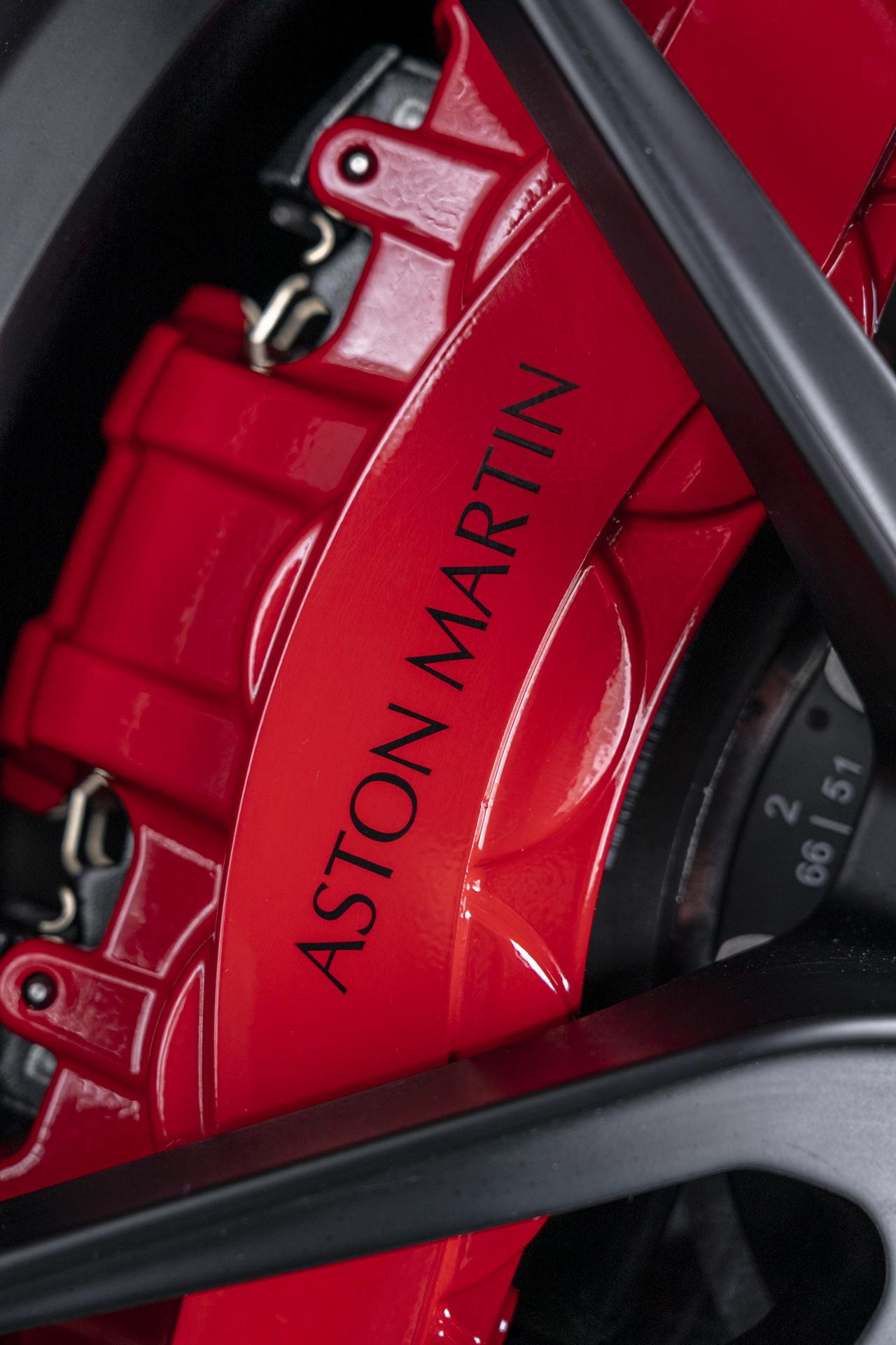 Aston_Martin_DBS_Superleggera_TAG_Heuer_Edition_0010