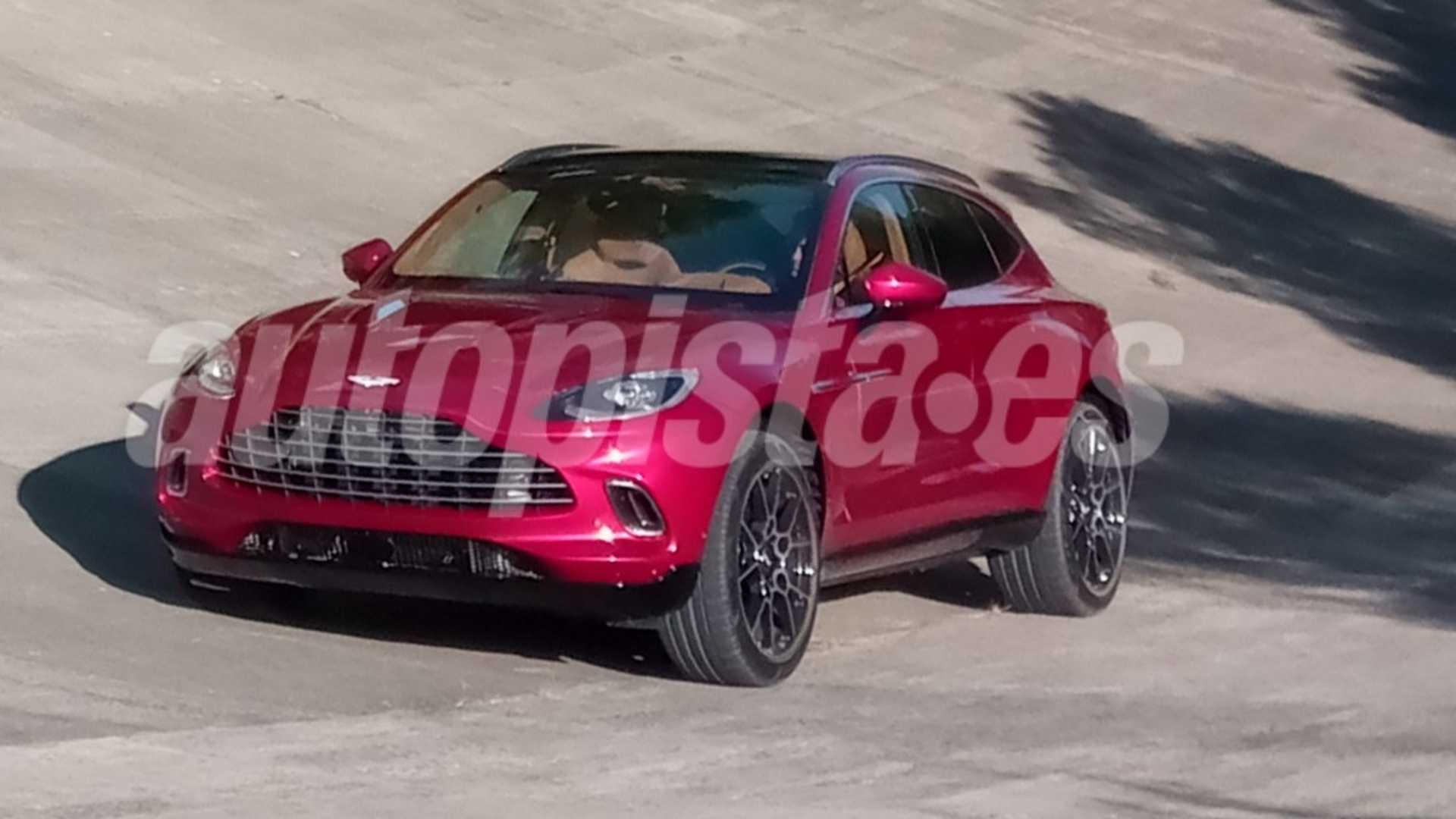 aston-martin-dbx-spy-photo-1