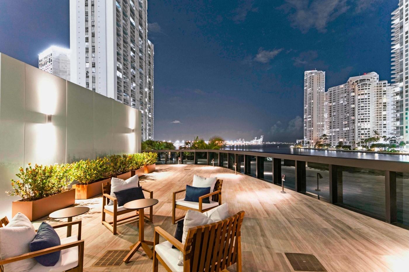 Aston-Martin-Residences-Miami-penthouse-7