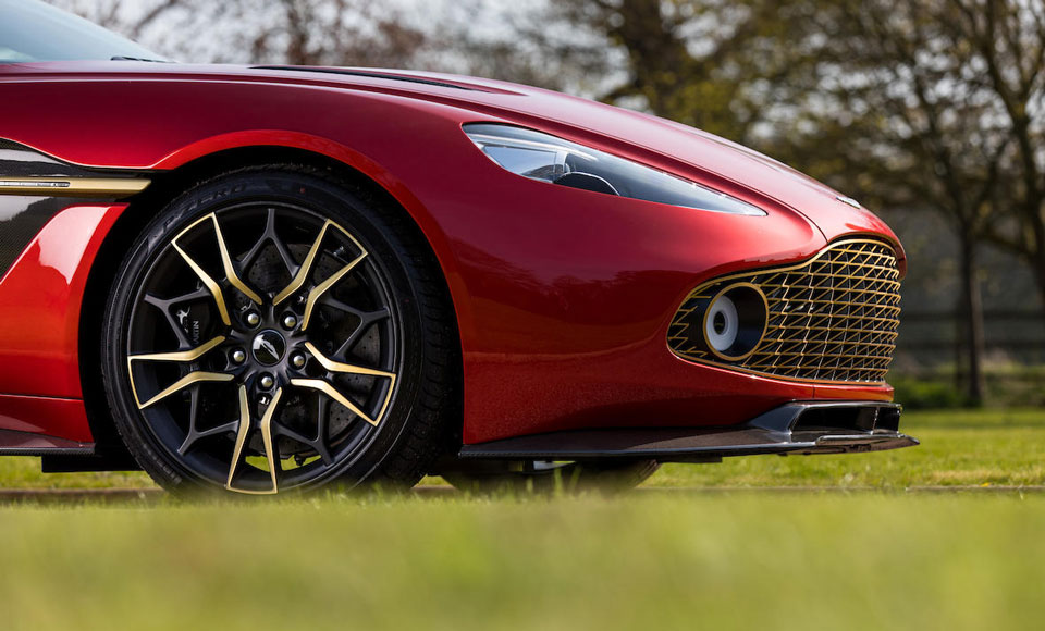 Aston-Martin-Vanquish-Zagato-Shooting-Brake-for-sale-5