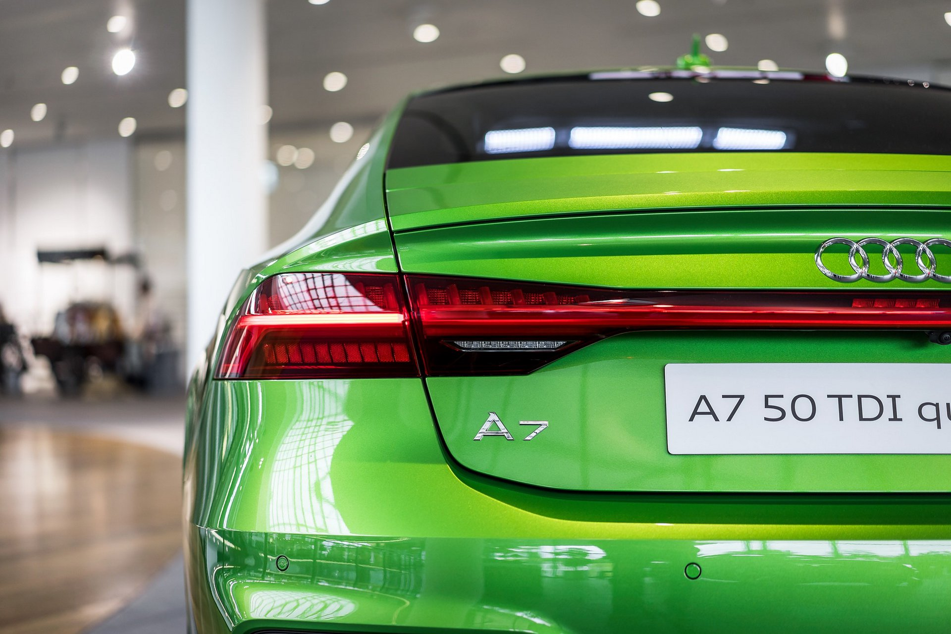 Audi-A7-Sportback-Java-Green-2