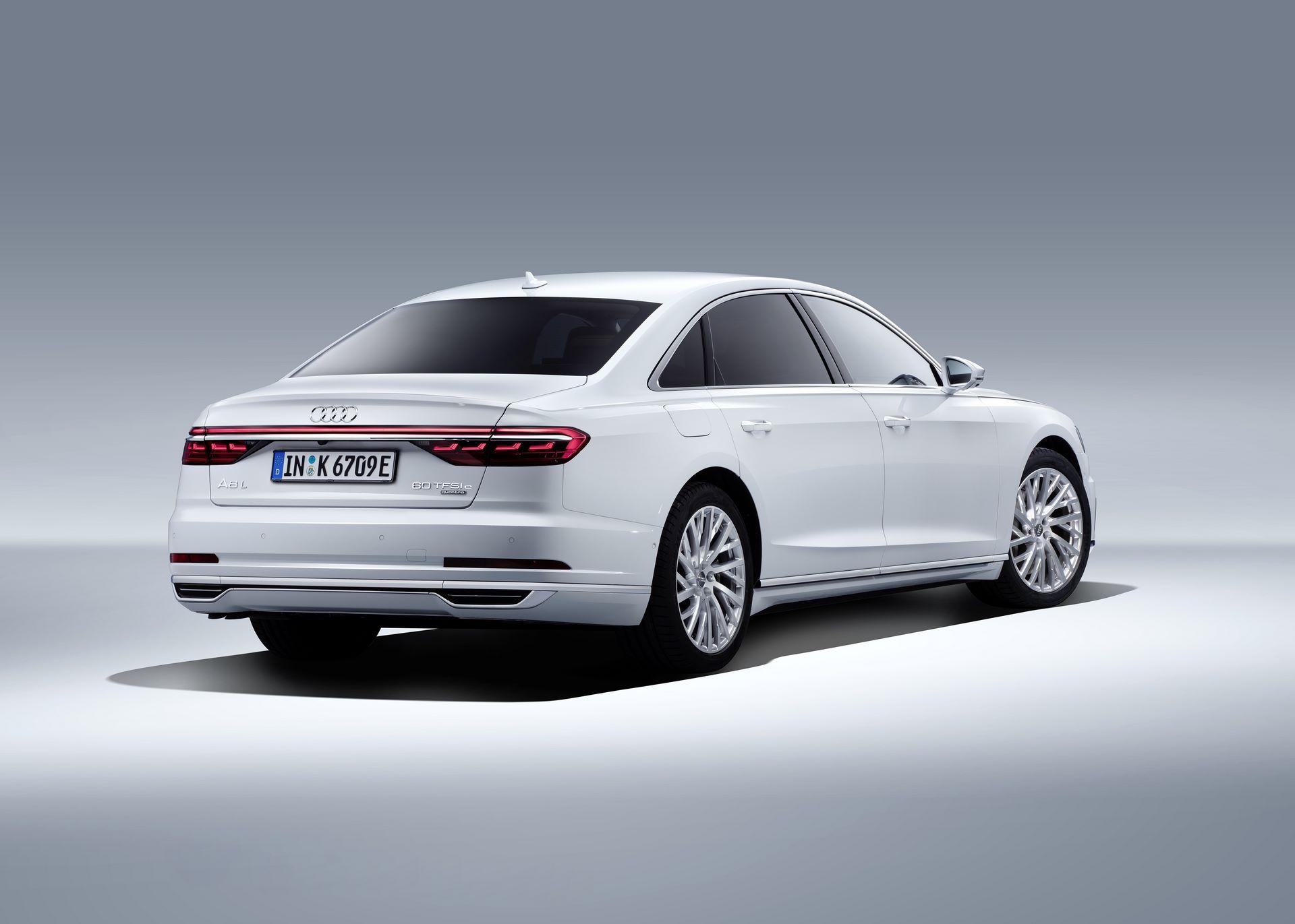 Audi-A8-L-60-TFSI-e-29