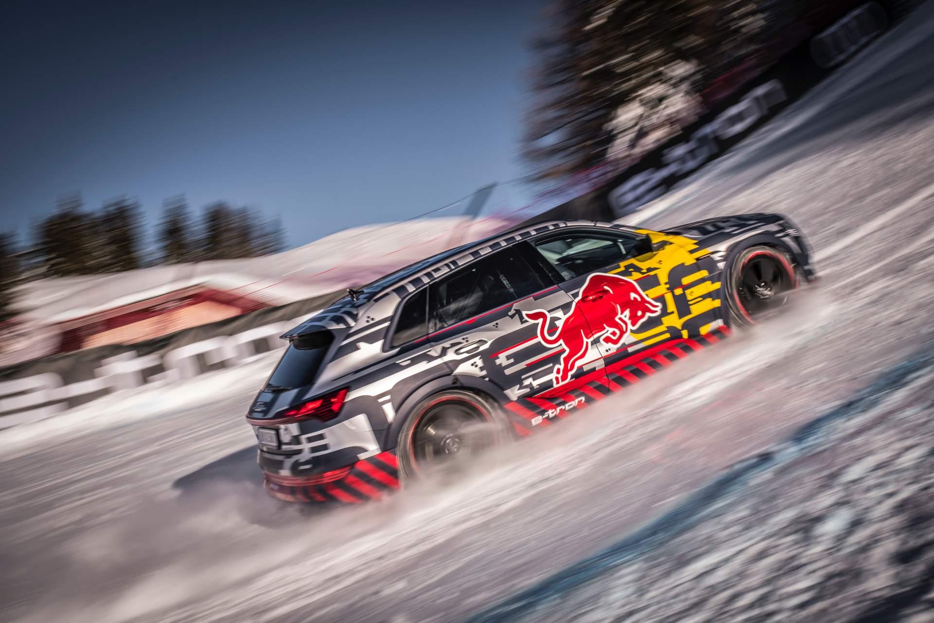 Audi E-Tron Ski (11)