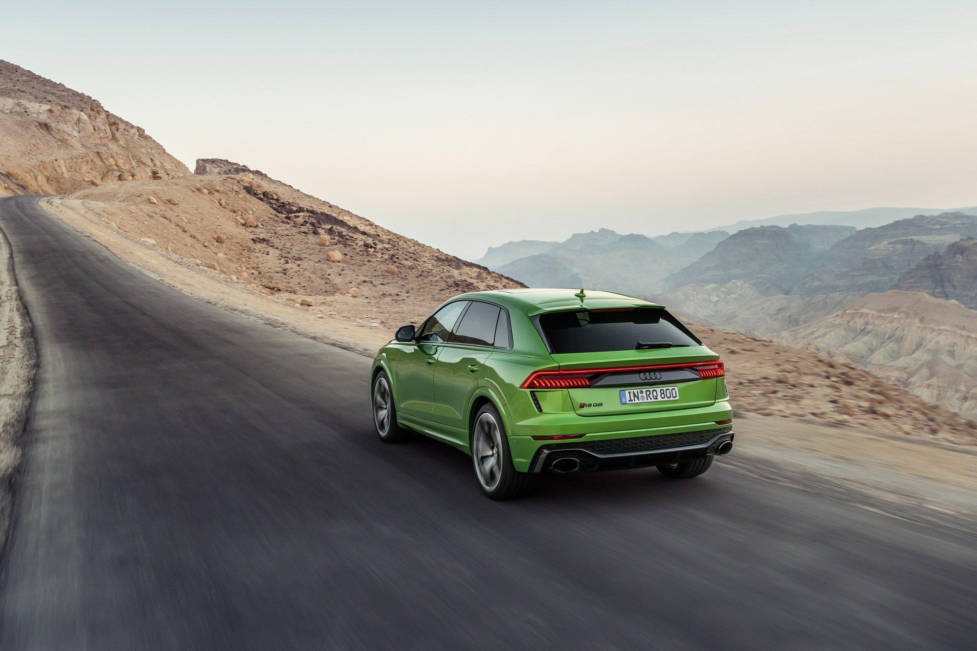 Audi-RS-Q8-12