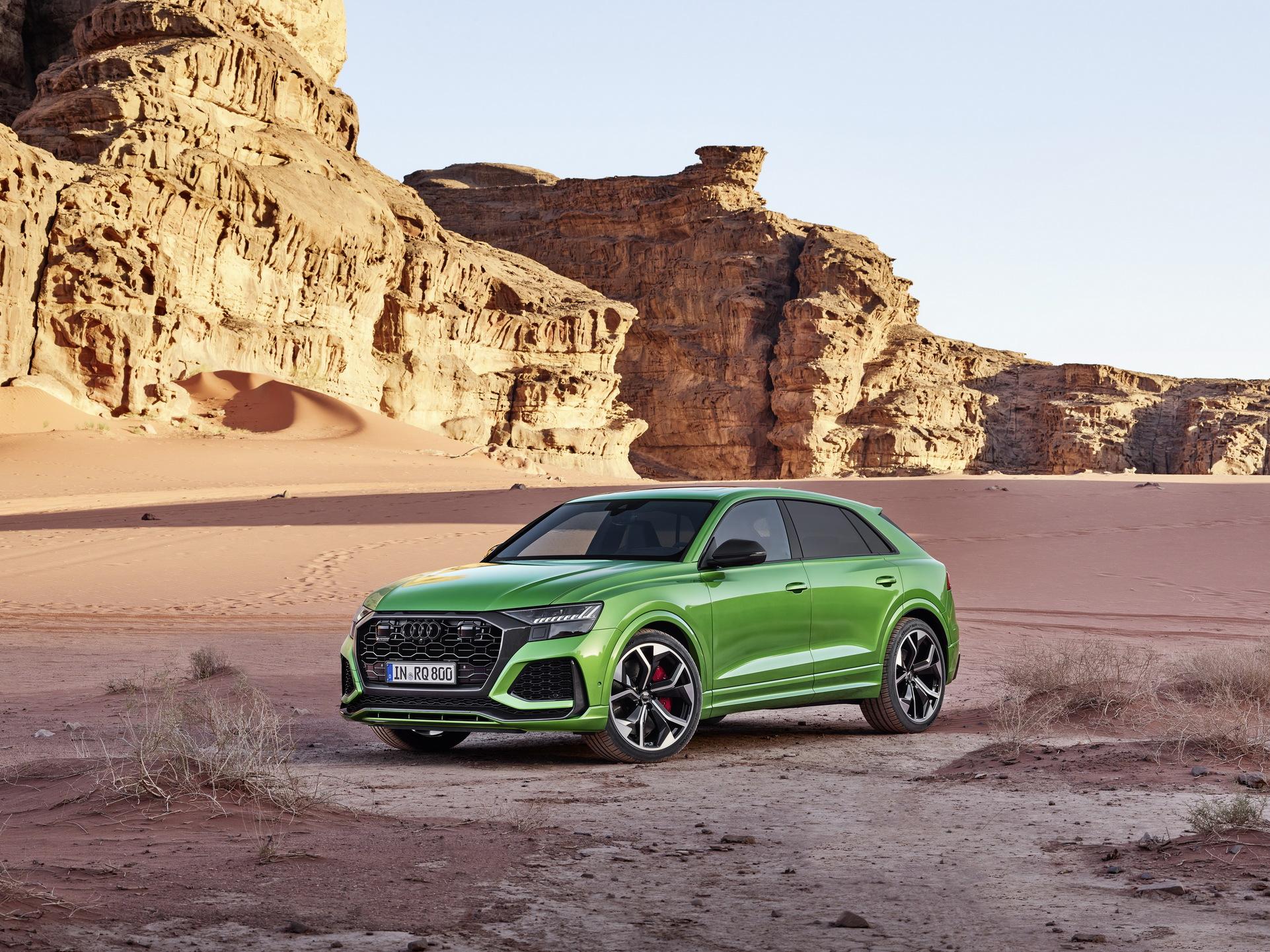 Audi-RS-Q8-27