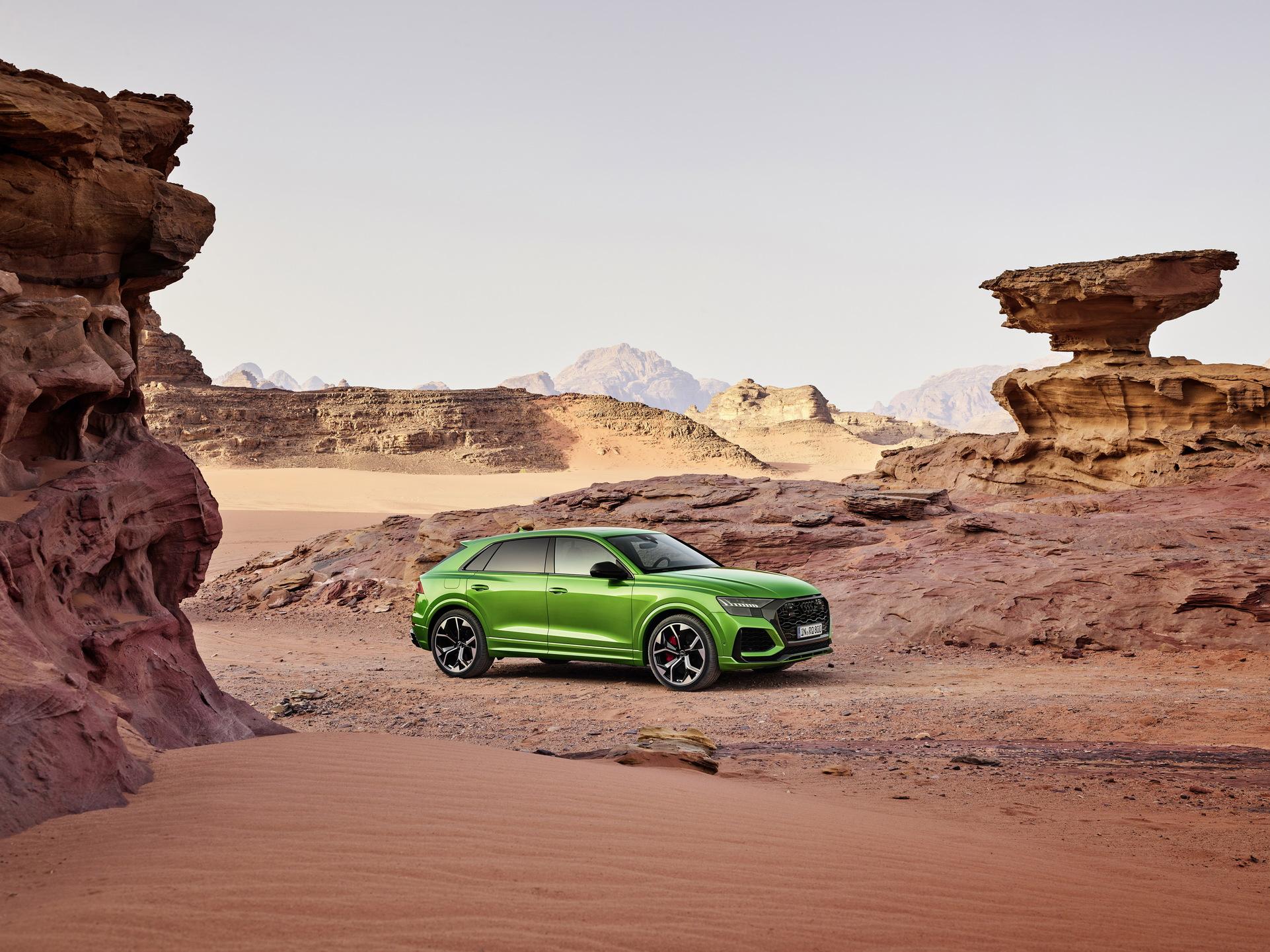 Audi-RS-Q8-38