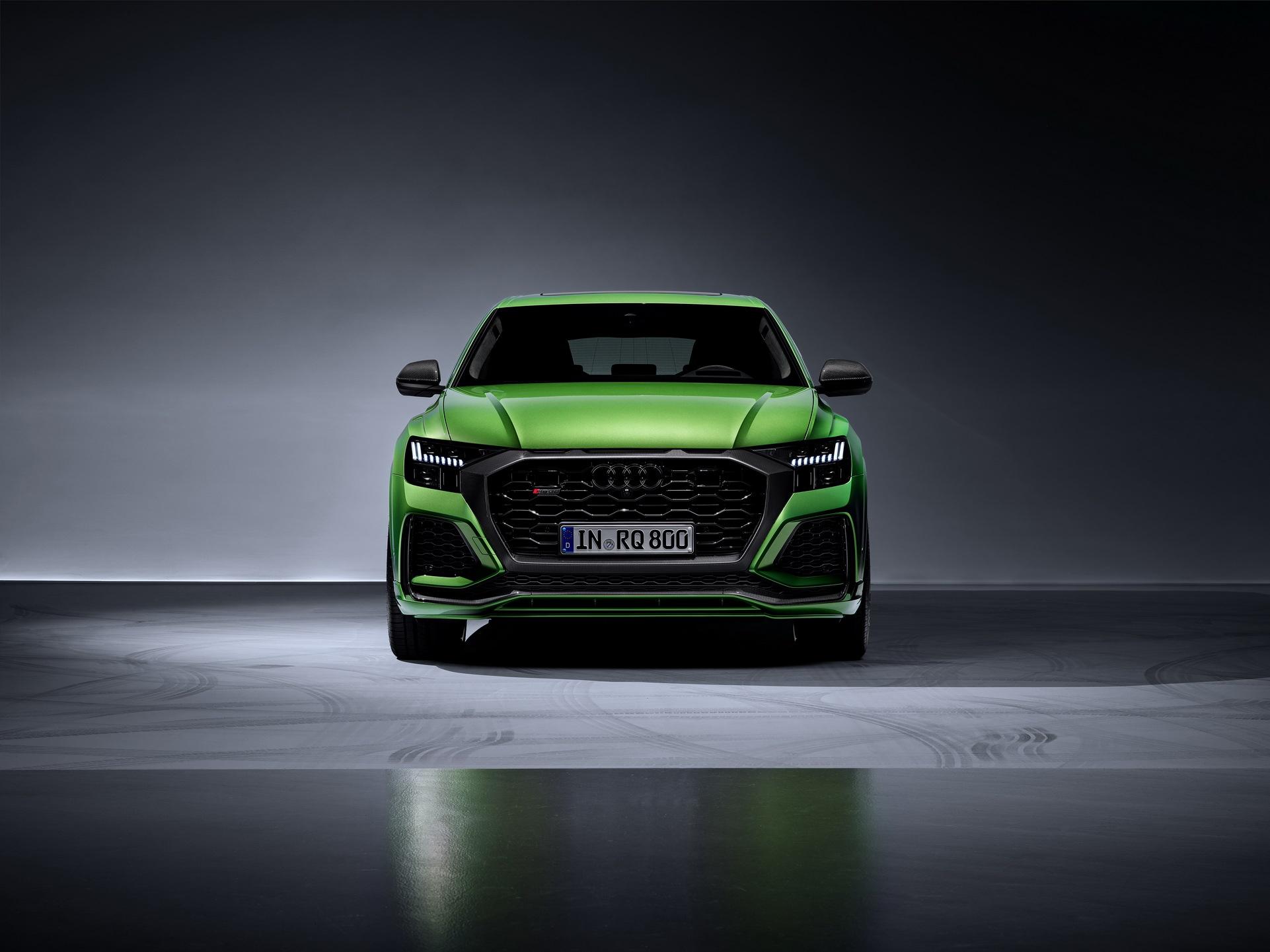 Audi-RS-Q8-39