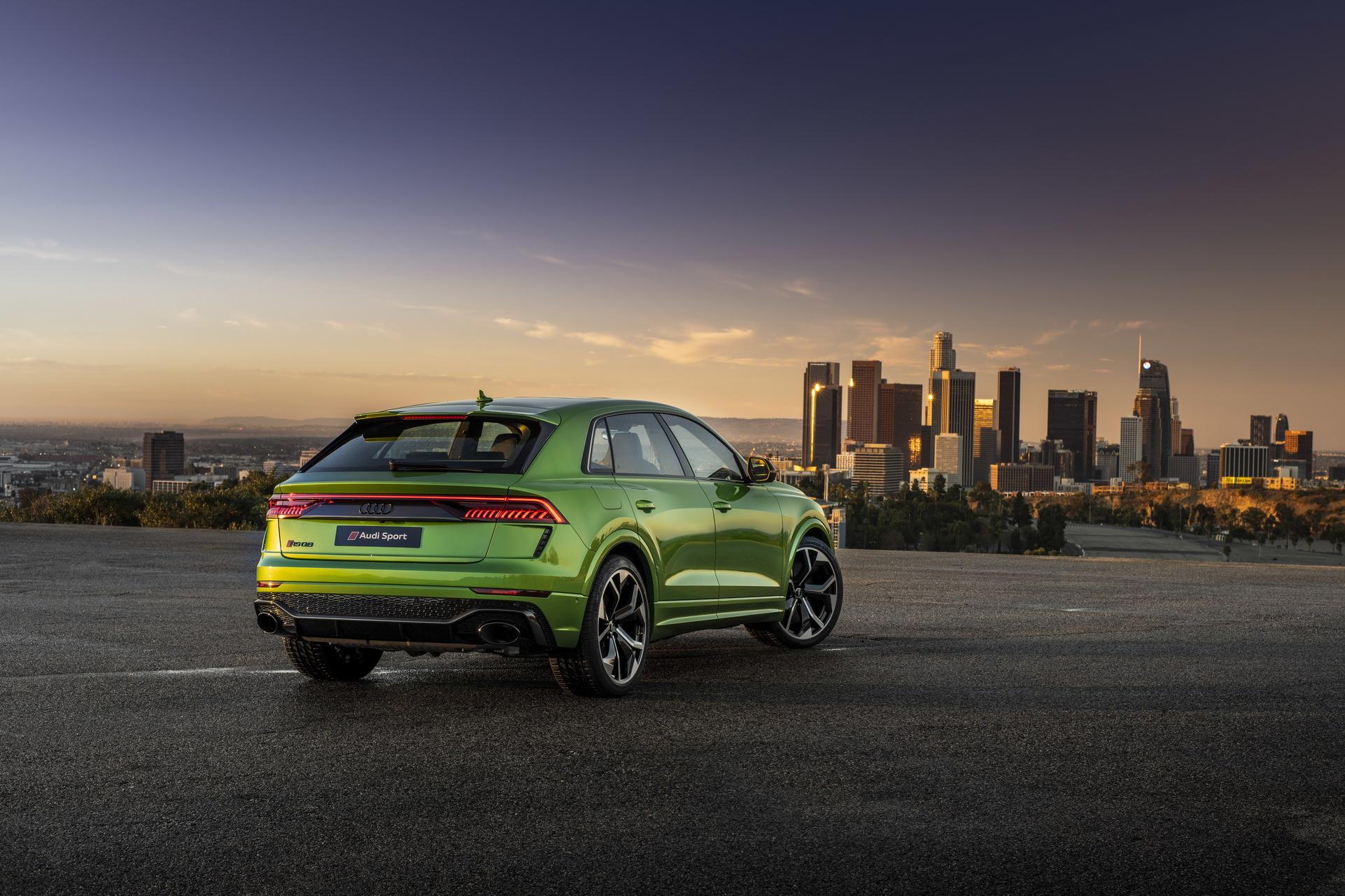 Audi-RS-Q8-54