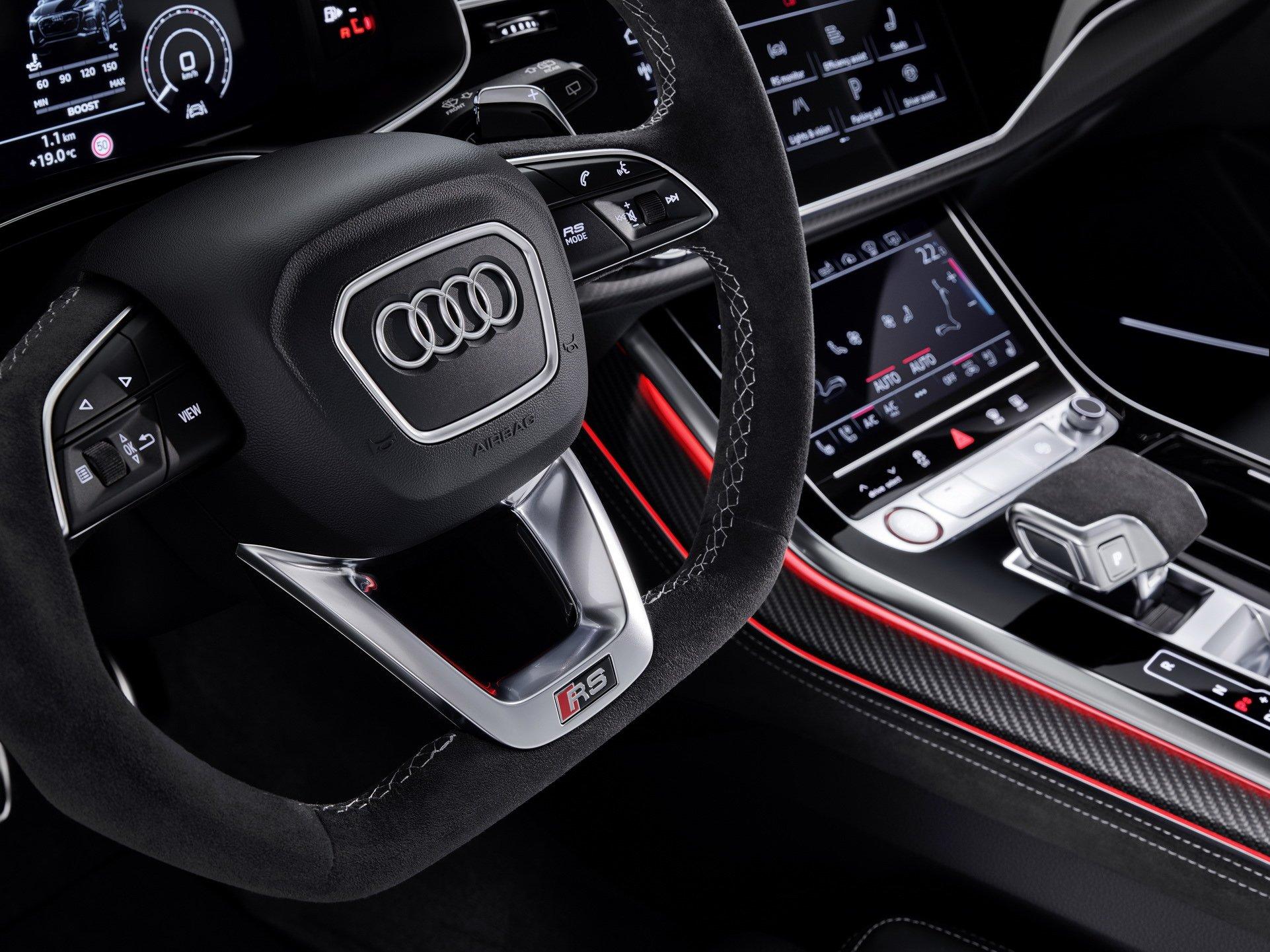 Audi-RS-Q8-6