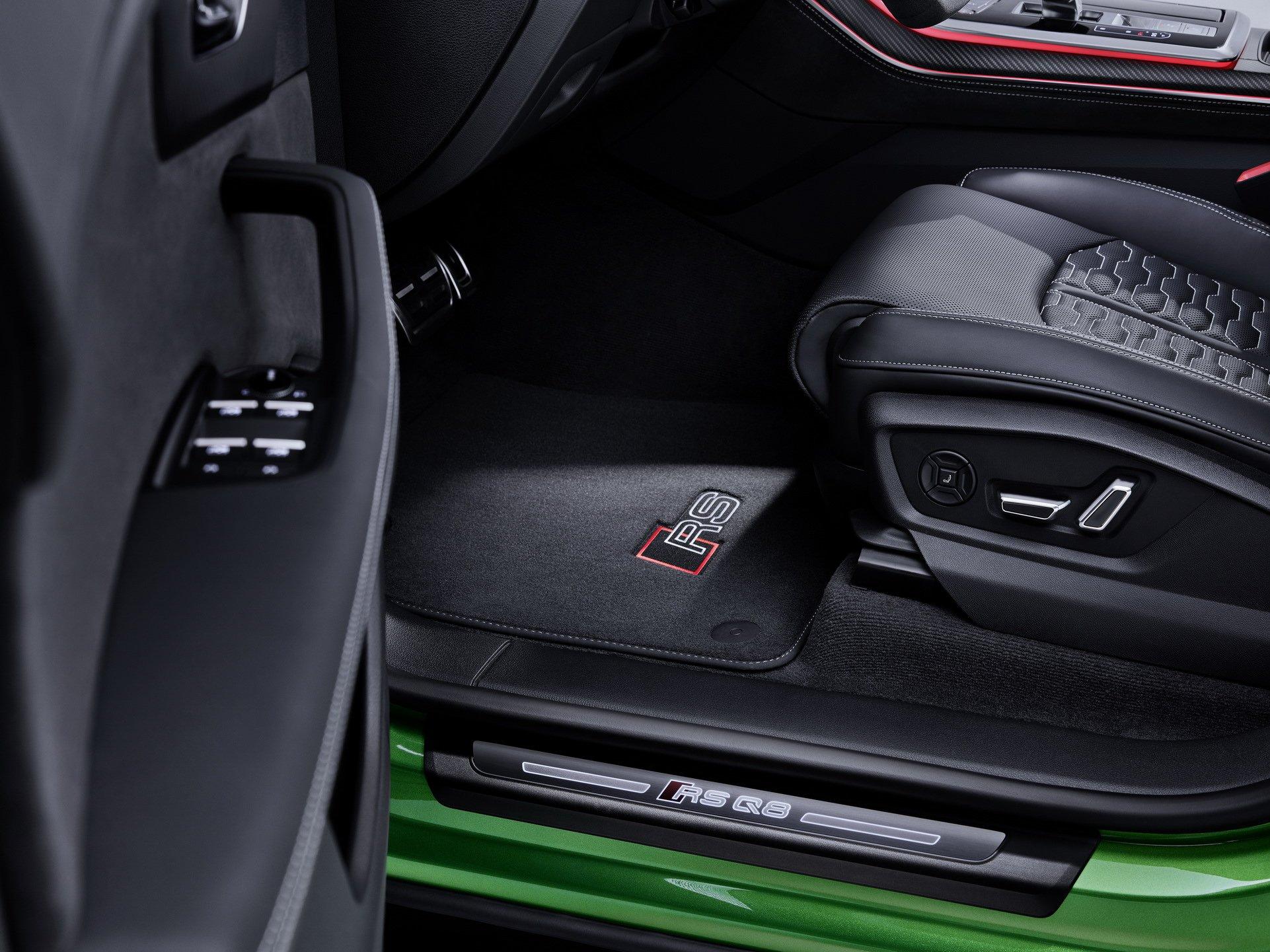 Audi-RS-Q8-9