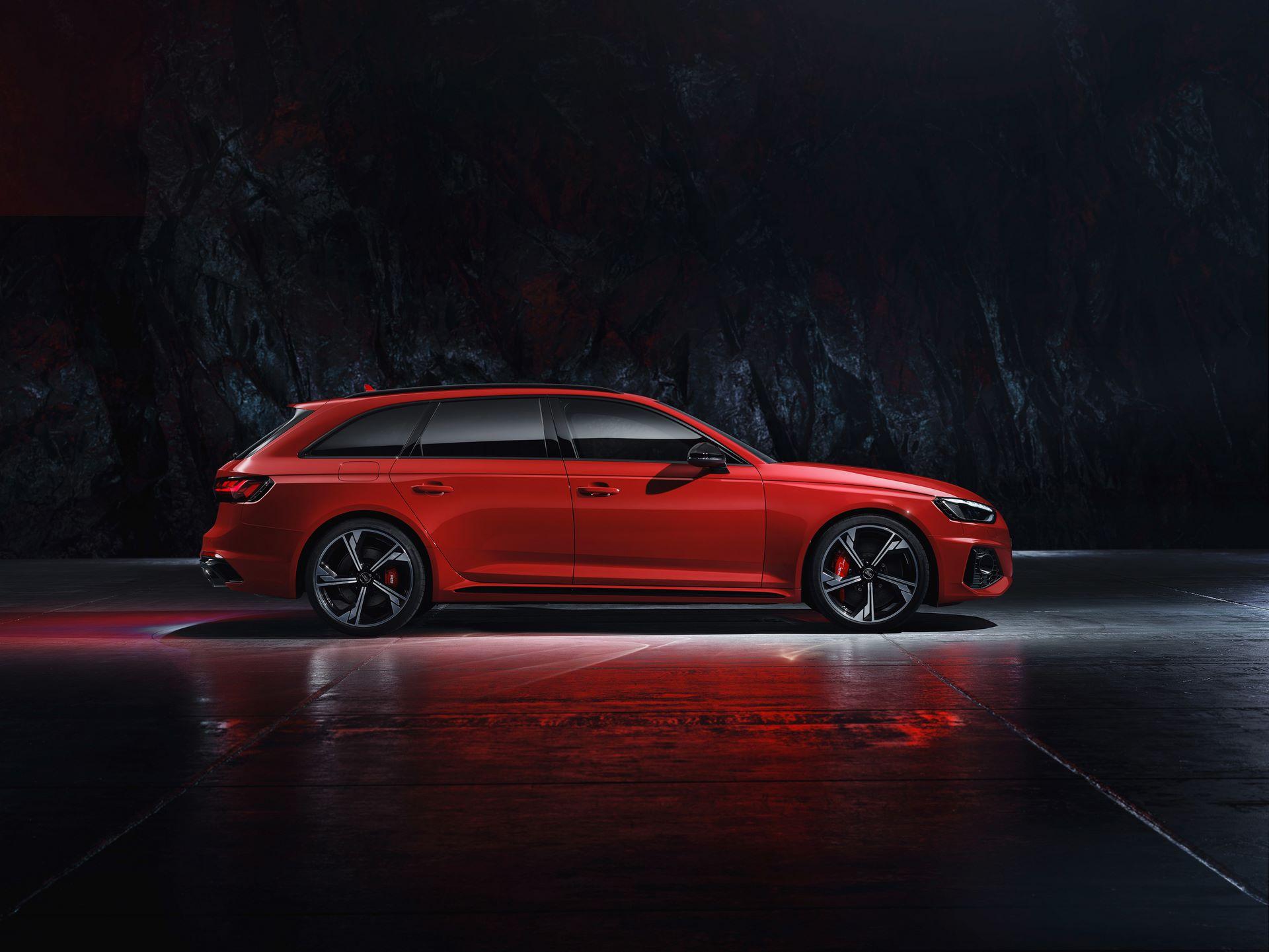 Audi-RS4-Avant-2020-12