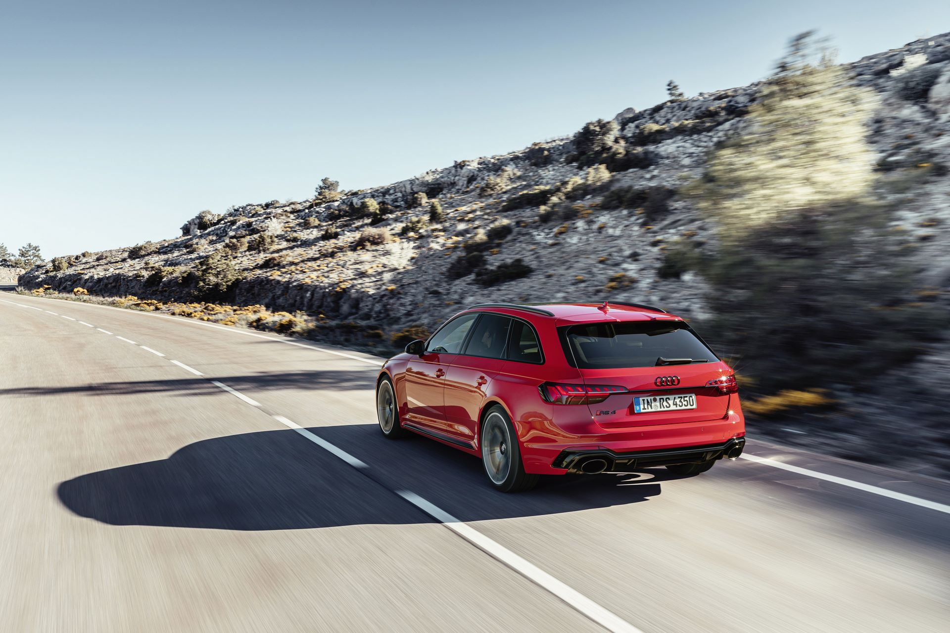 Audi-RS4-Avant-2020-6