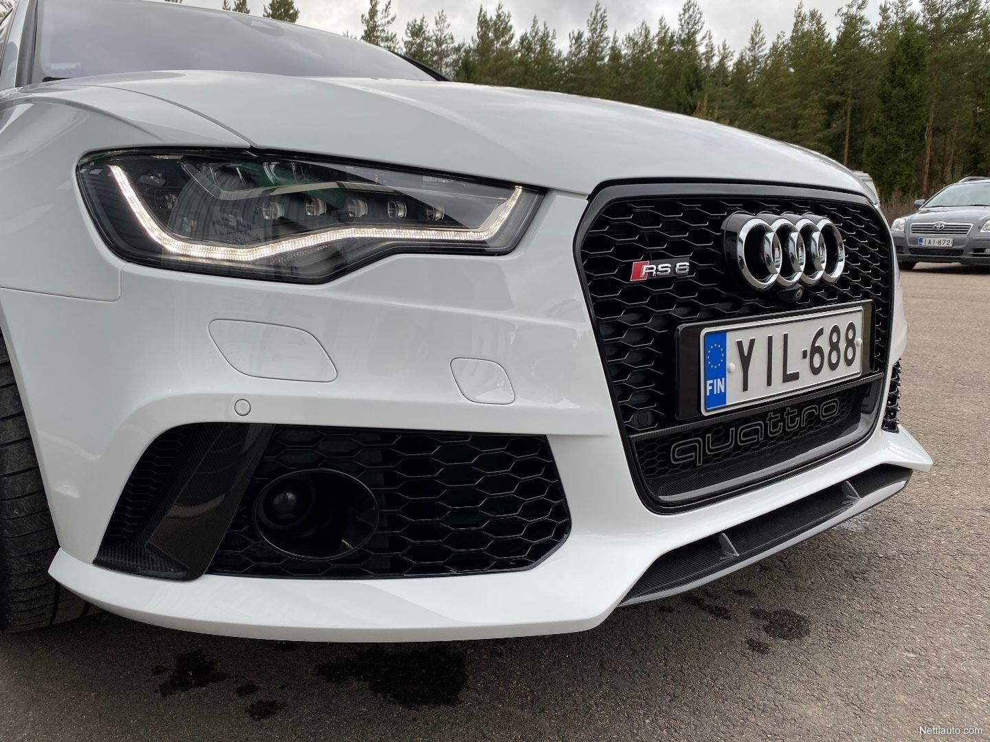 Audi-RS6-Avant-Kimi-Raikkonen-for-sale-11