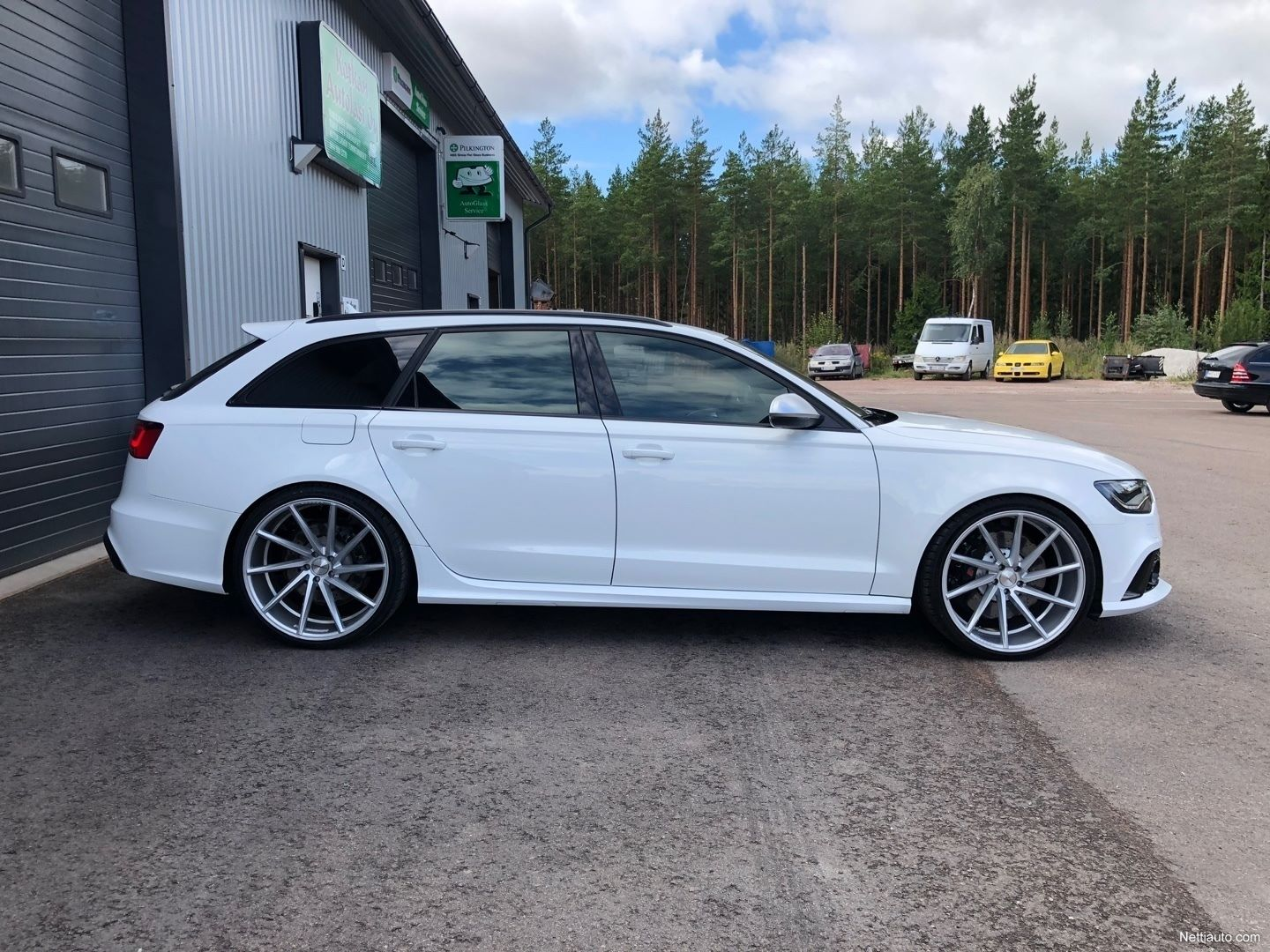 Audi-RS6-Avant-Kimi-Raikkonen-for-sale-2