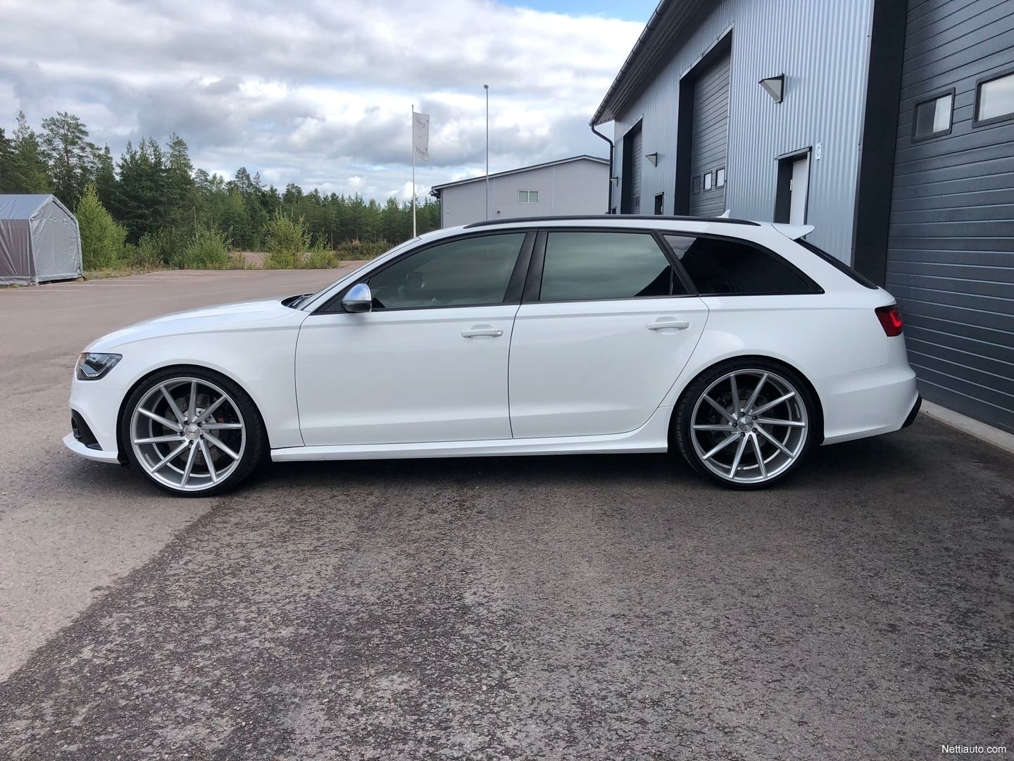 Audi-RS6-Avant-Kimi-Raikkonen-for-sale-3