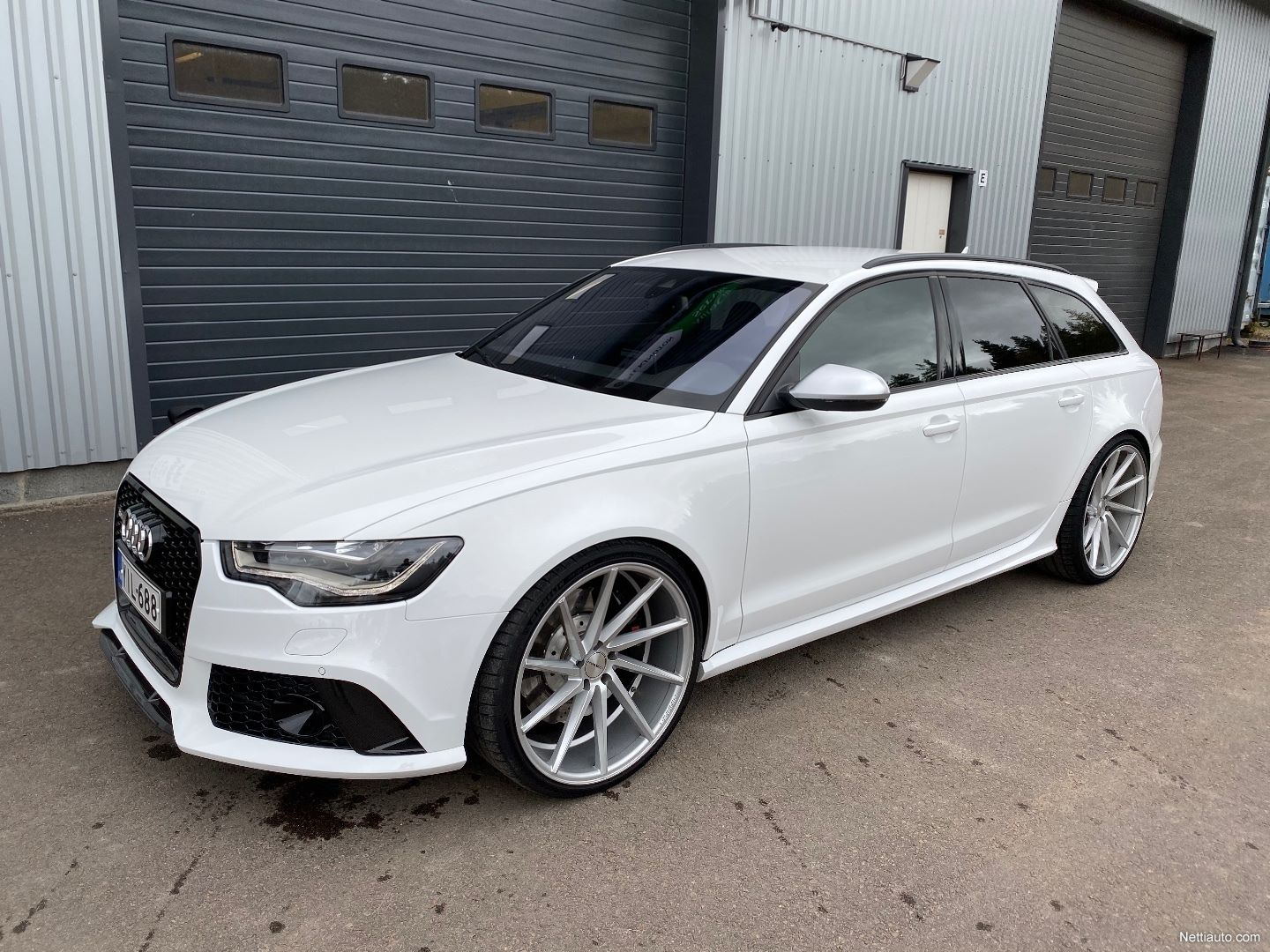 Audi-RS6-Avant-Kimi-Raikkonen-for-sale-5