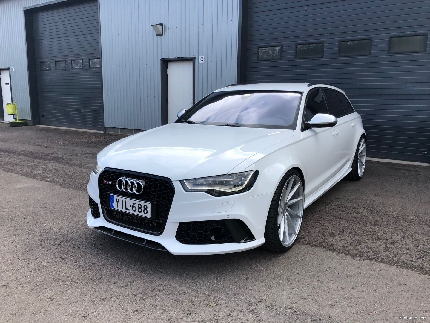 Audi-RS6-Avant-Kimi-Raikkonen-for-sale-6