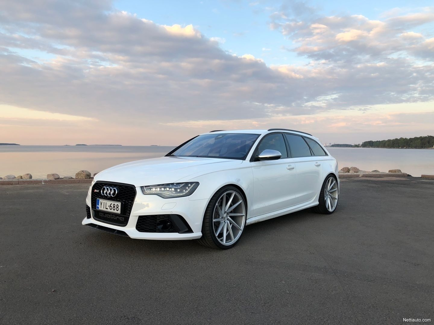 Audi-RS6-Avant-Kimi-Raikkonen-for-sale-7