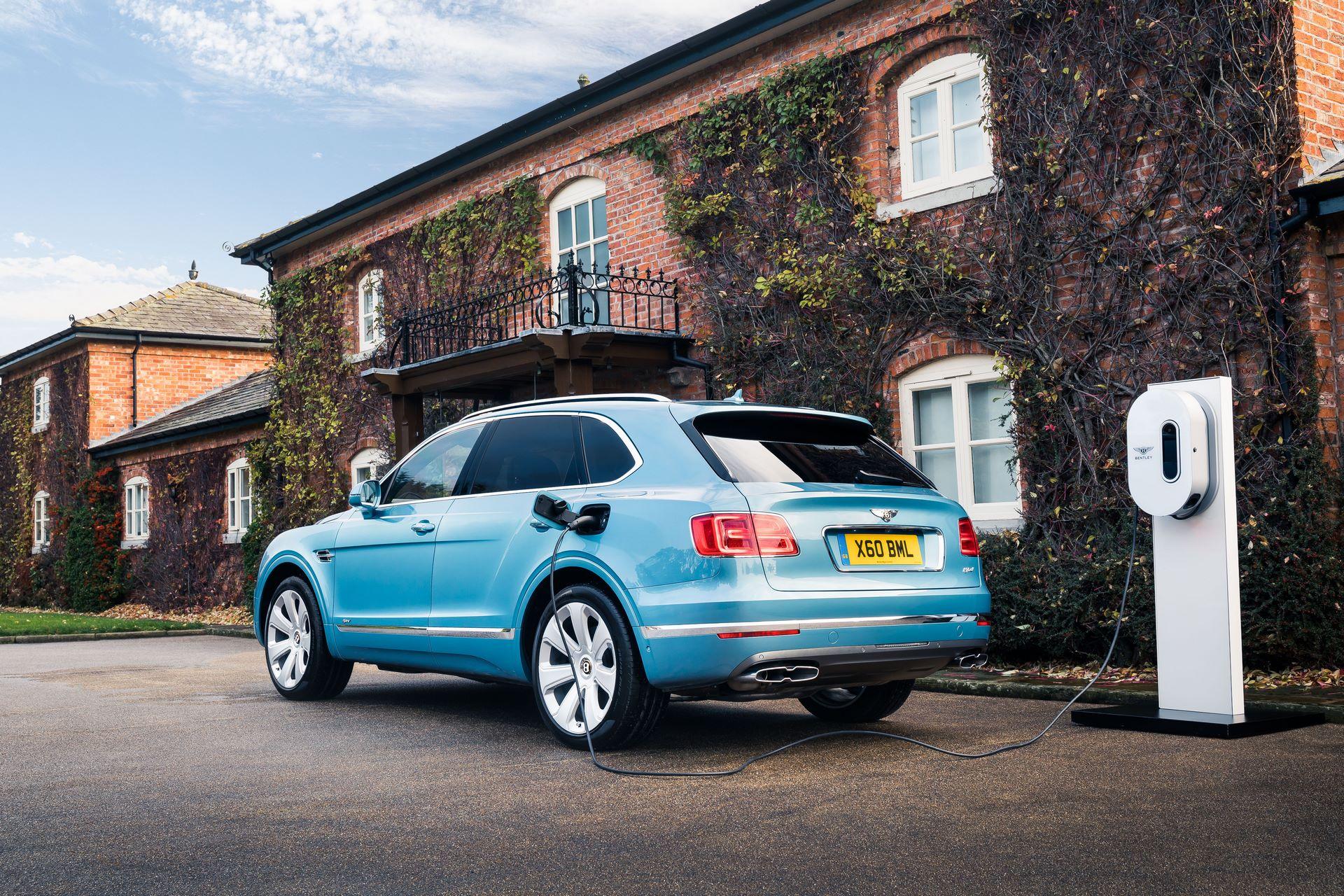 Bentley-Bentayga-four-and-seven-seat-configuration-9