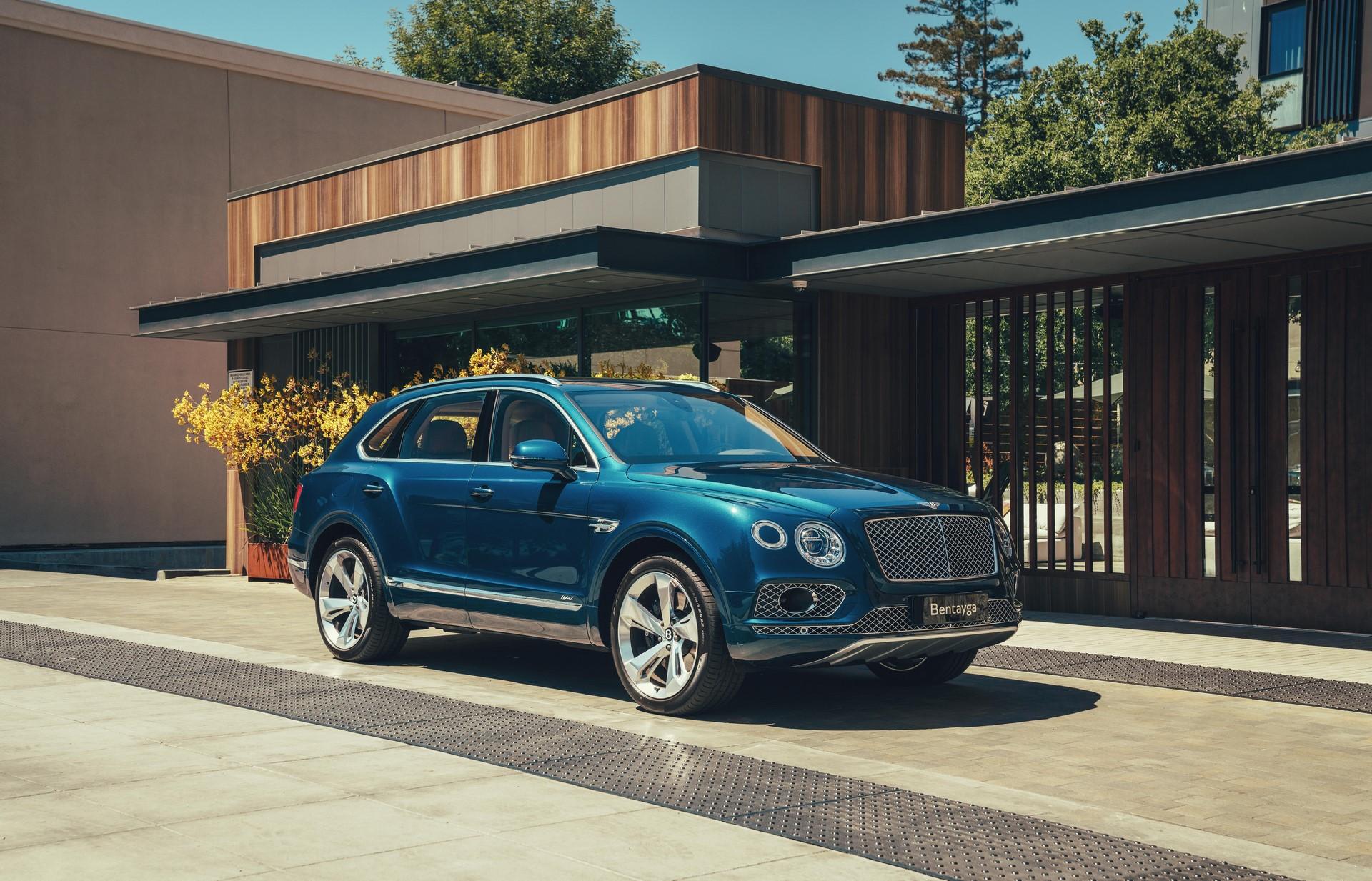 Bentley-Bentayga-Hybrid-2020-1