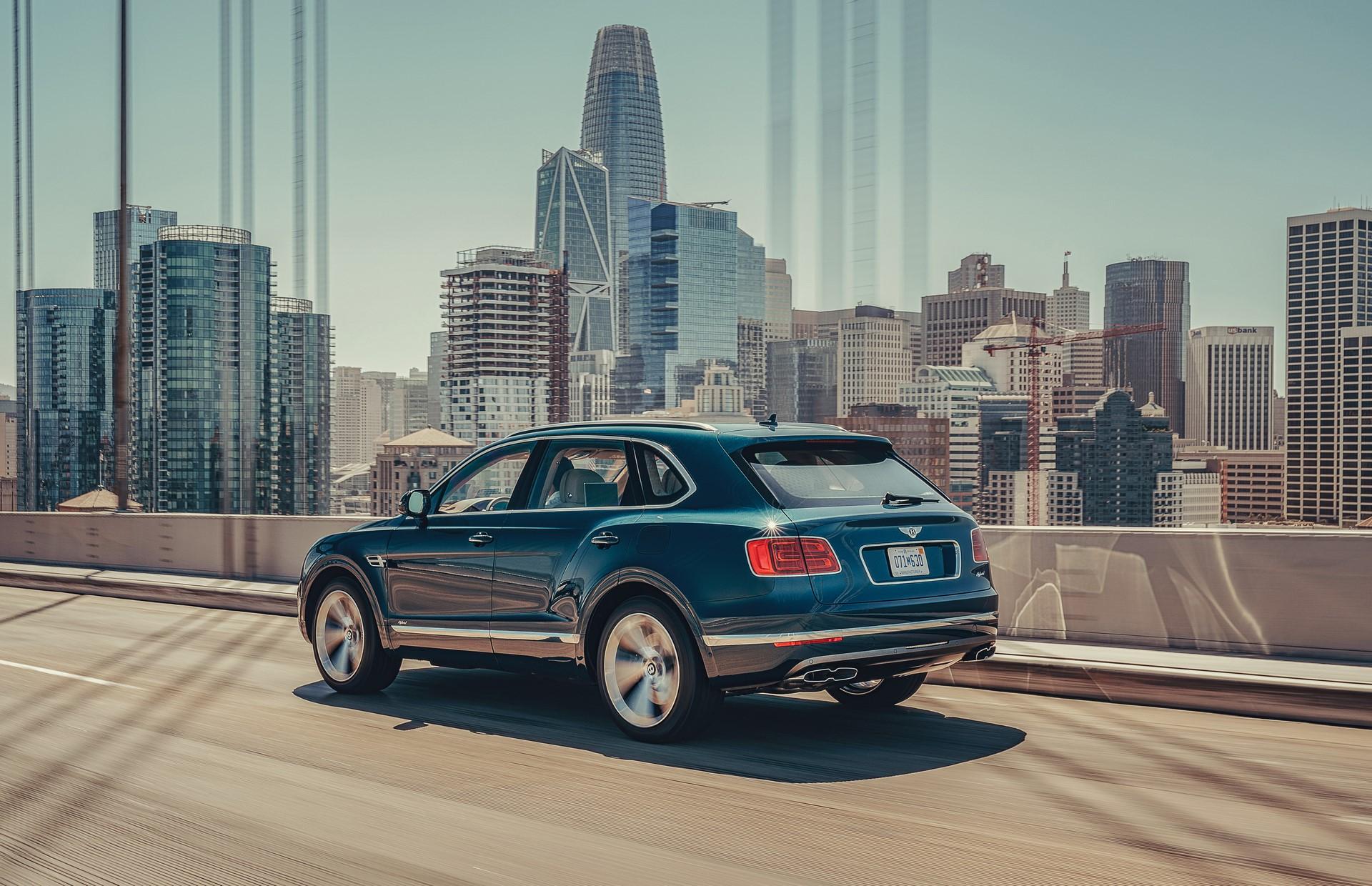 Bentley-Bentayga-Hybrid-2020-3