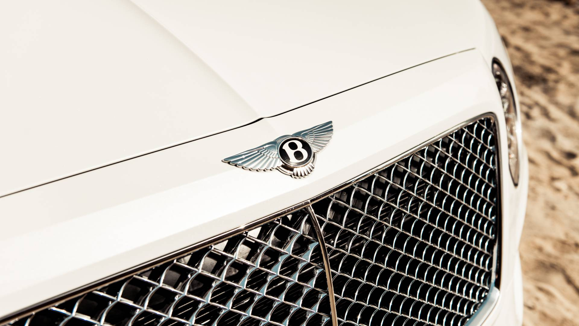 Bentley Bentayga Pearl of the Gulf by Mulliner (3)