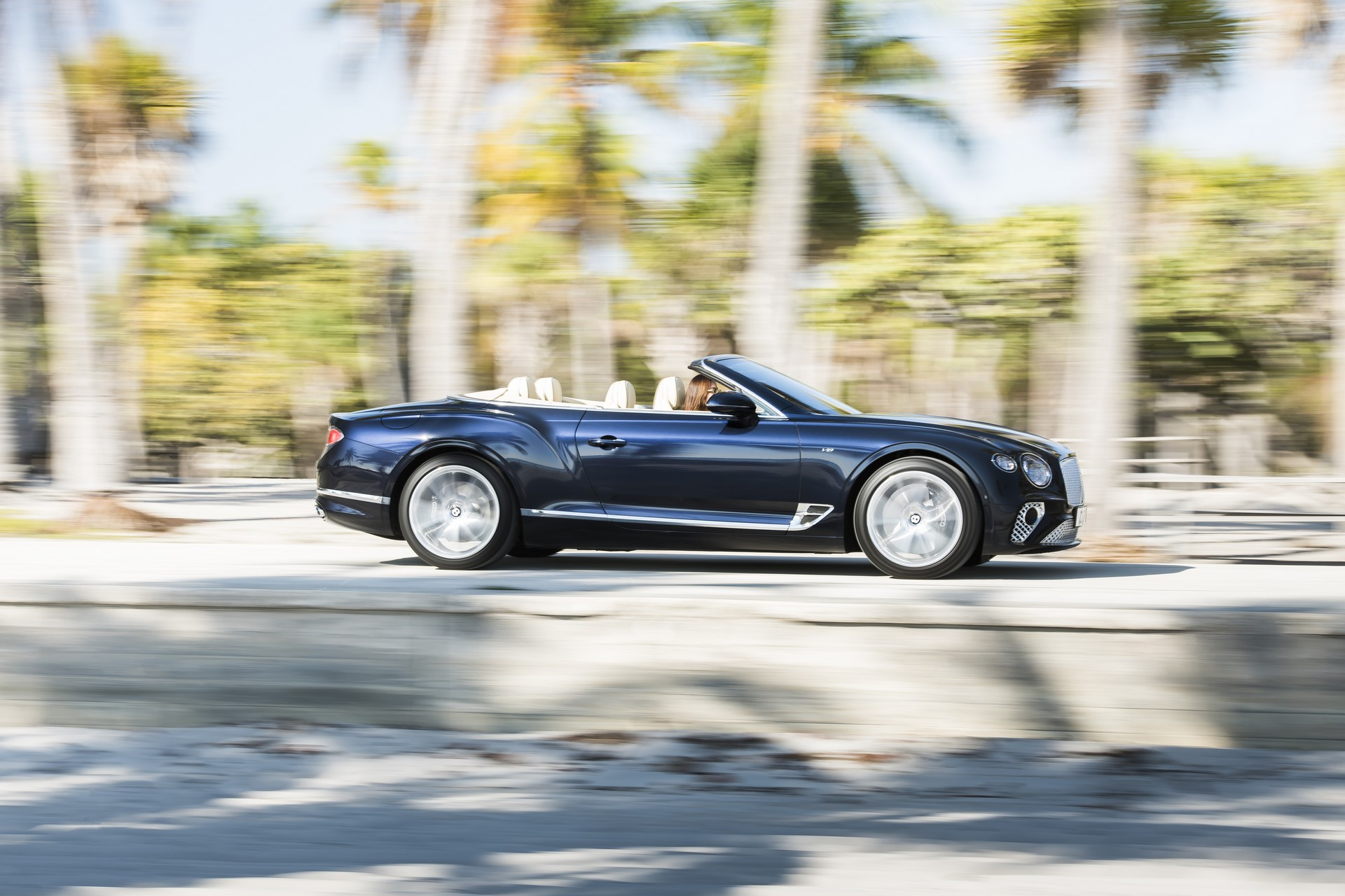 Bentley Continental GT V8 (6)