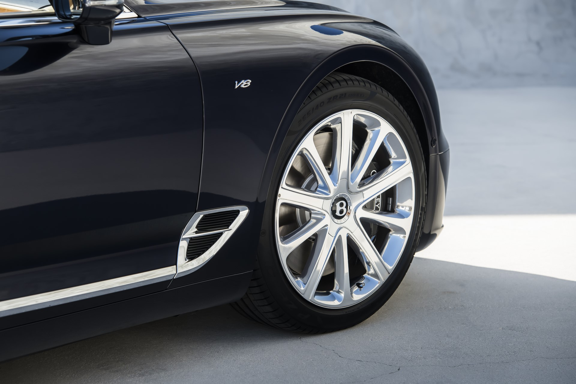 Bentley Continental GT V8 (8)