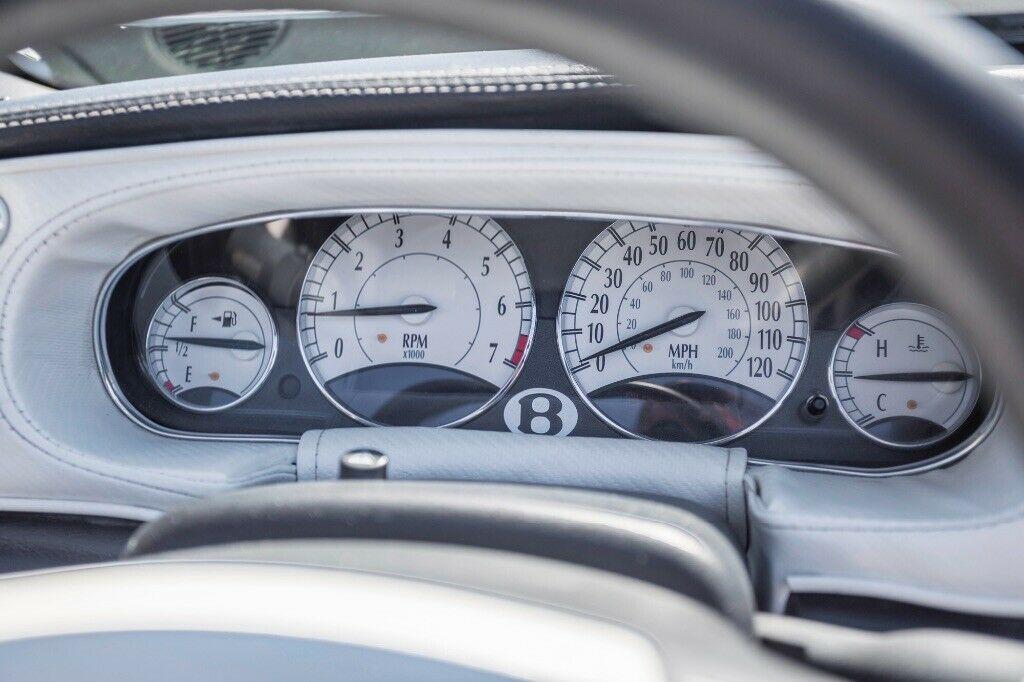Bentley Continental GTC replica (11)