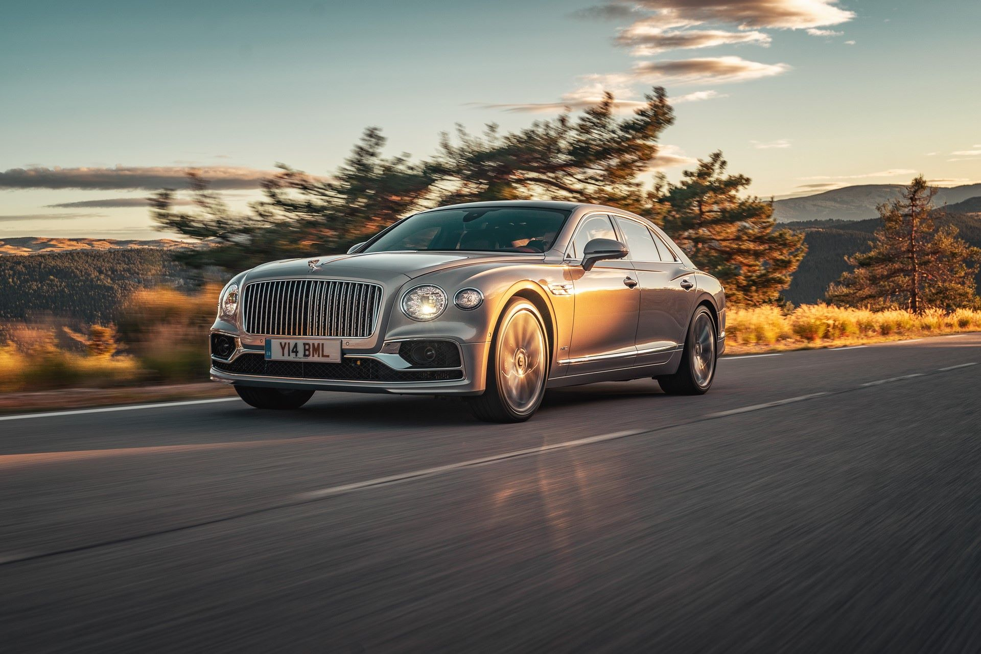Bentley-Starts-Production-Flying-Spur-16