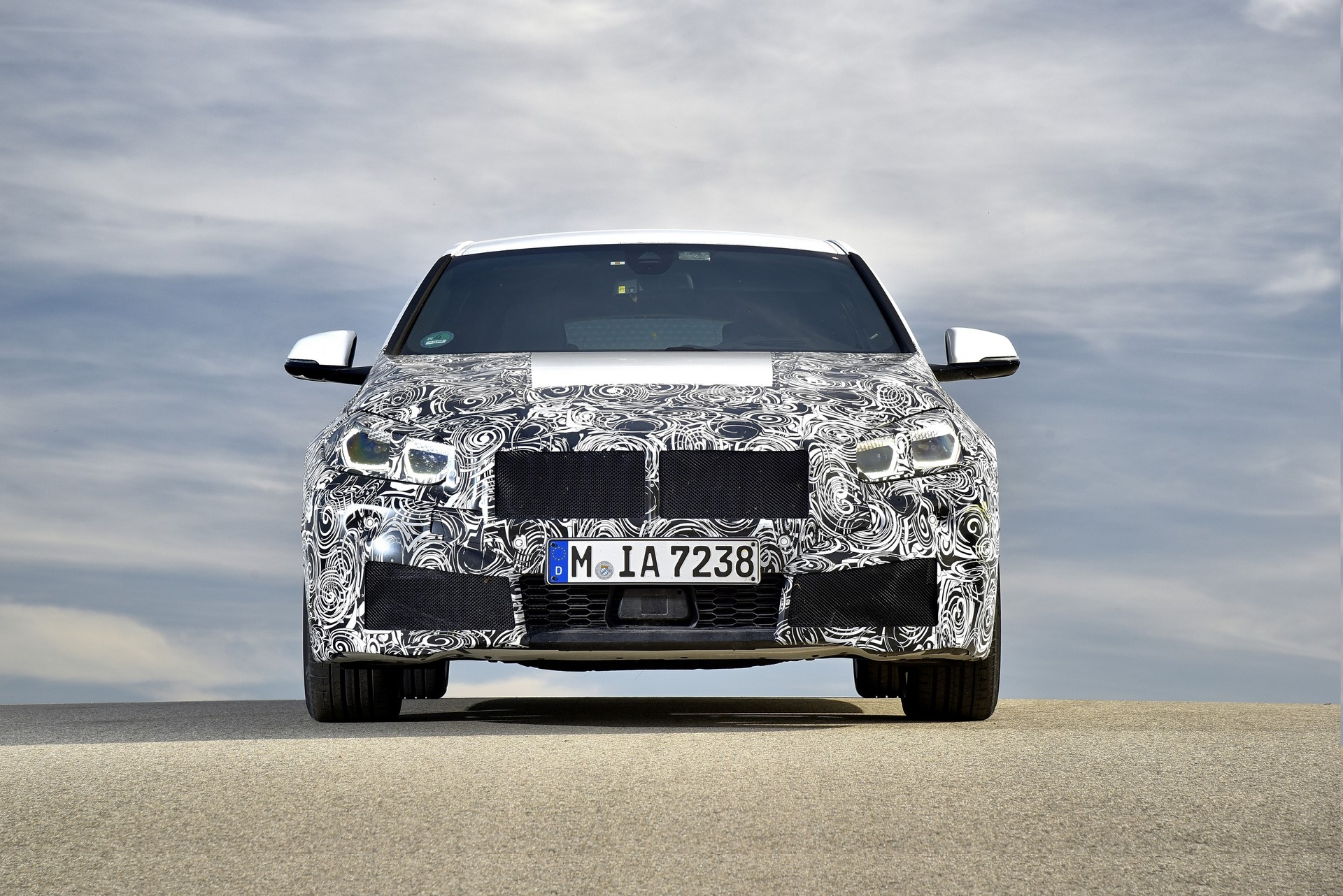 BMW 1-Series 2020 official spy photos (5)
