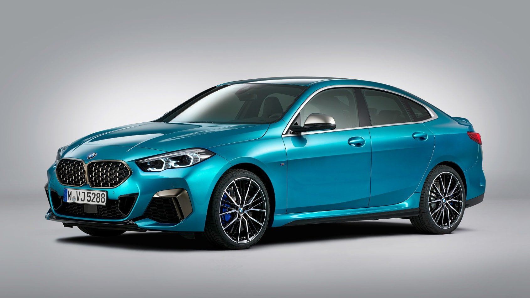 BMW-2-series-gran-coupe-leaked-2