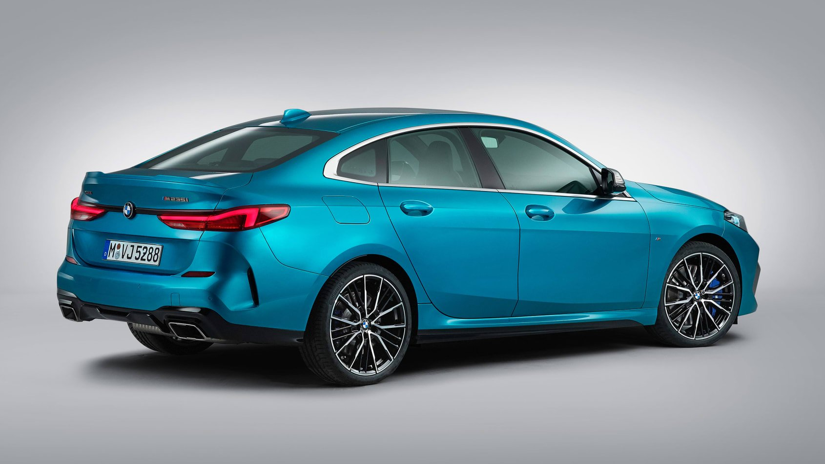 BMW-2-series-gran-coupe-leaked-3