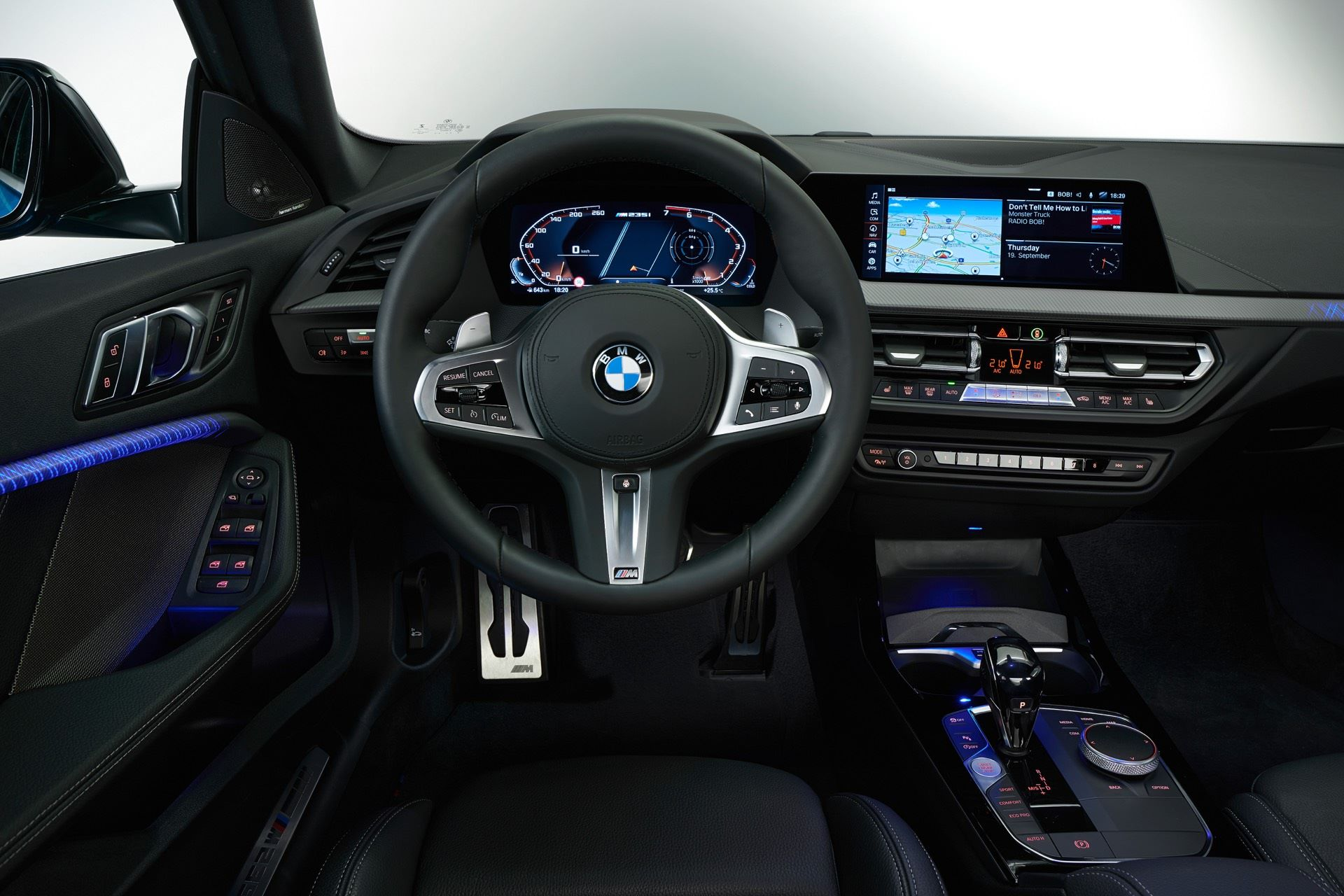 BMW-2-Series-Gran-Coupe-Details-Photos16