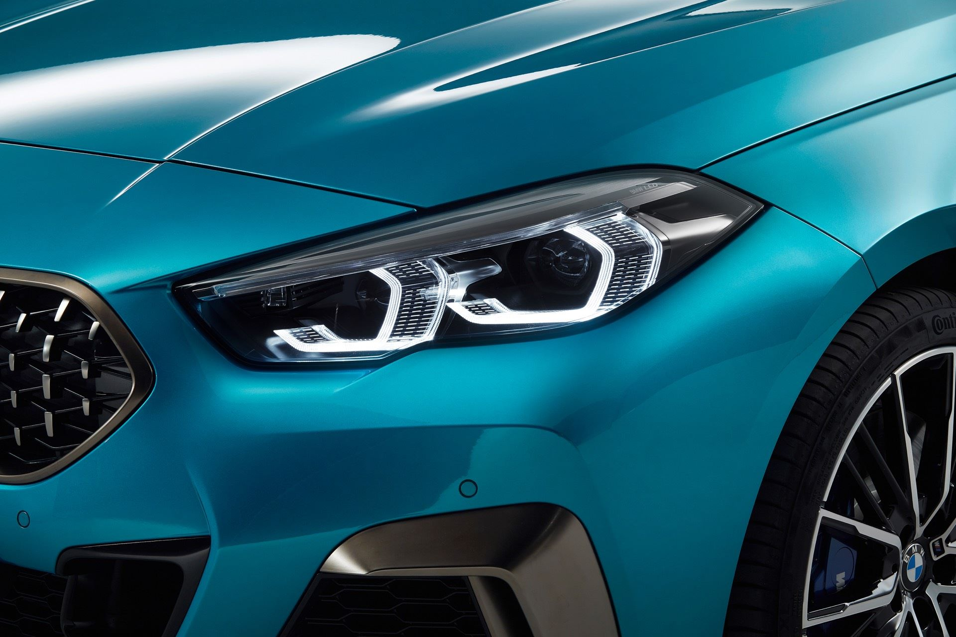 BMW-2-Series-Gran-Coupe-Details-Photos18