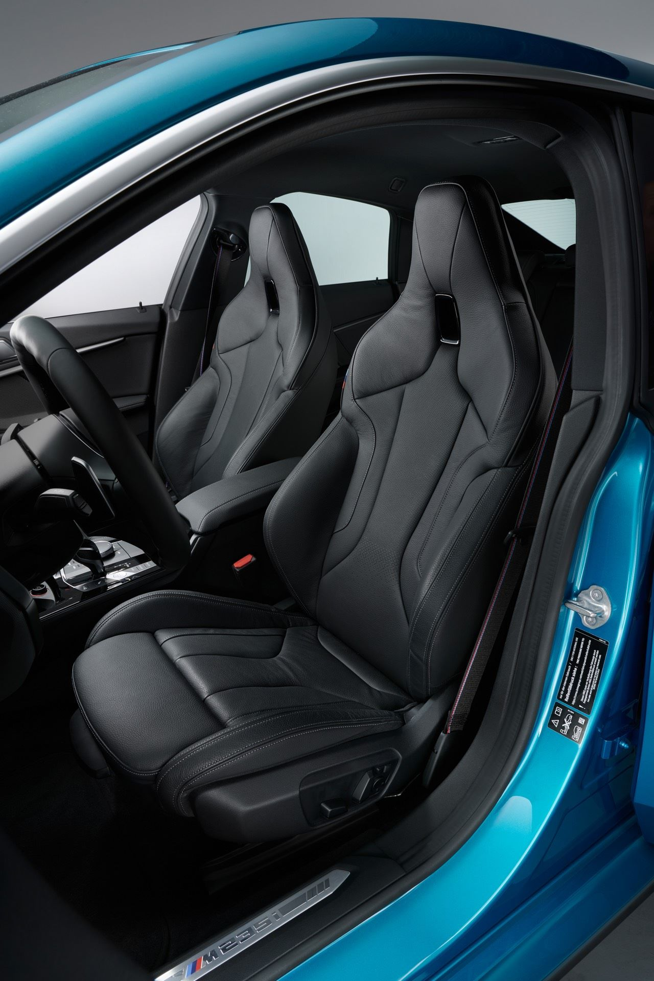 BMW-2-Series-Gran-Coupe-Details-Photos23