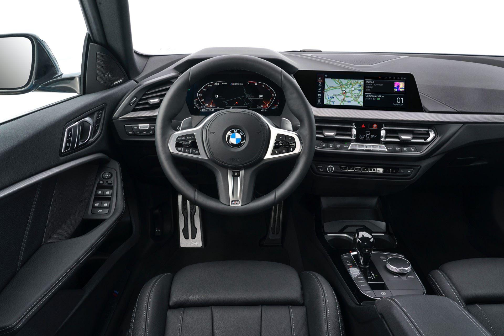 BMW-235i-Gran-Coupe-Photos28