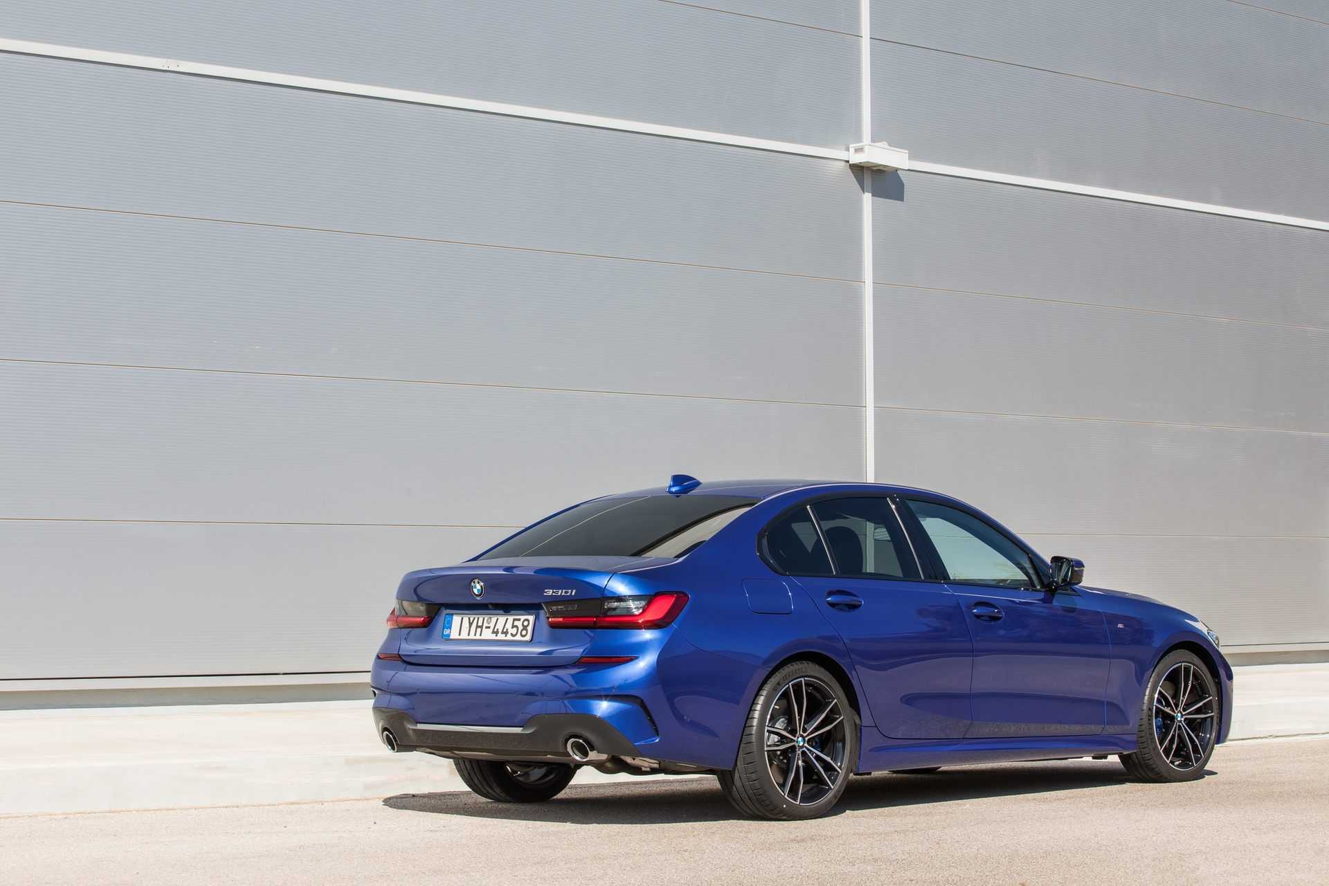 BMW_3-Series_Greek_0021