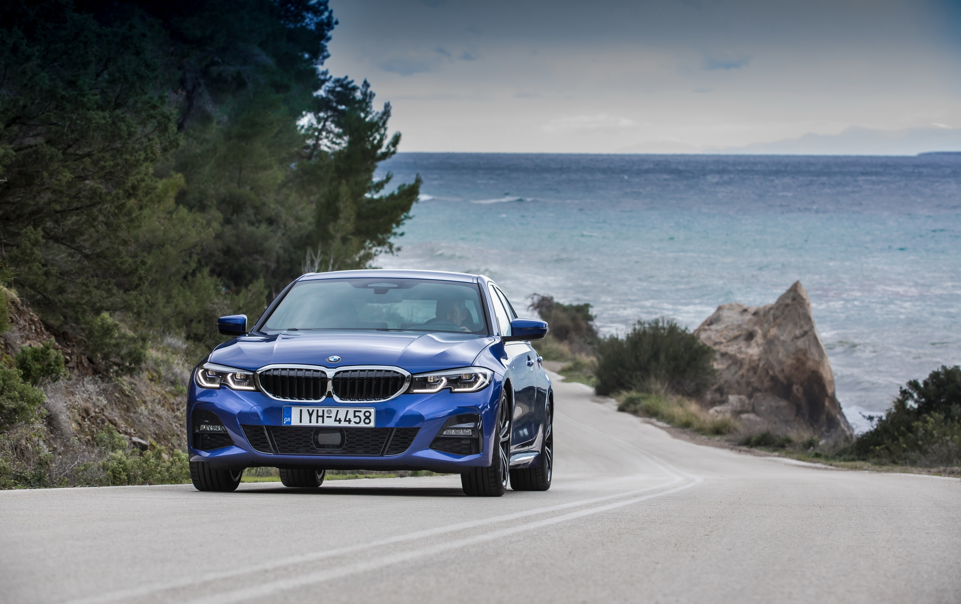 BMW_3-Series_Greek_0042