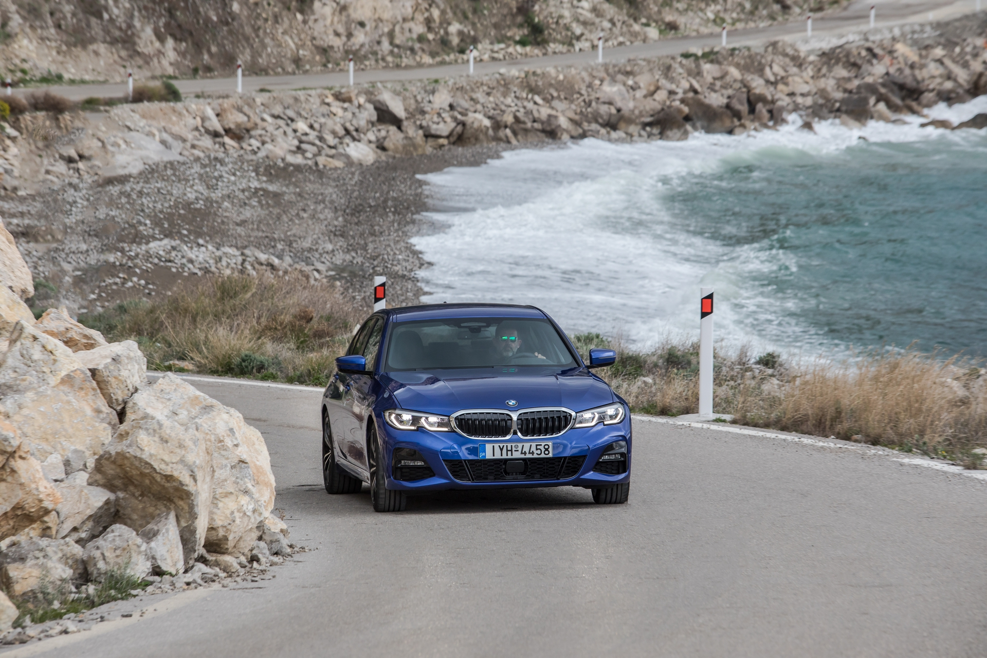 BMW_3-Series_Greek_0088