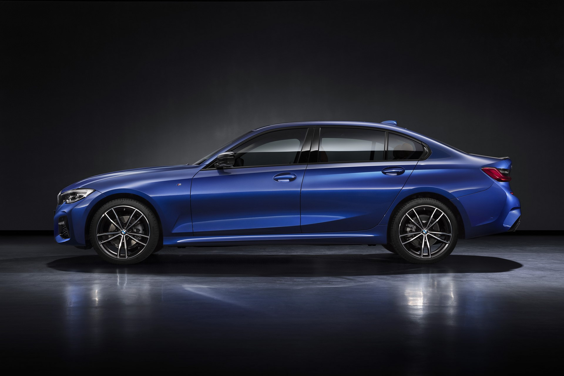 BMW-3-Series-LWB-Long-Wheelbase-2019-9