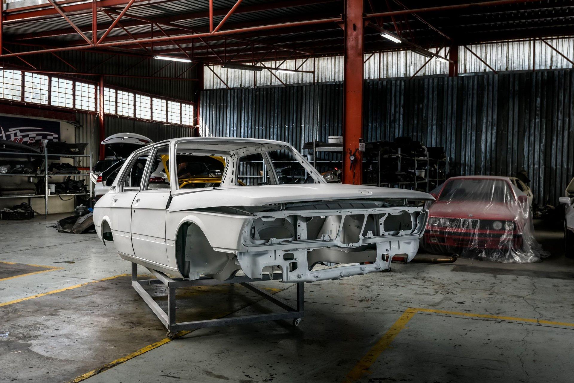 BMW-530-MLE-Restoration-process-1