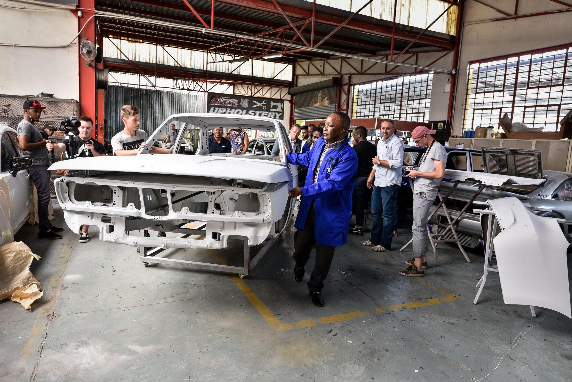 BMW-530-MLE-Restoration-process-107
